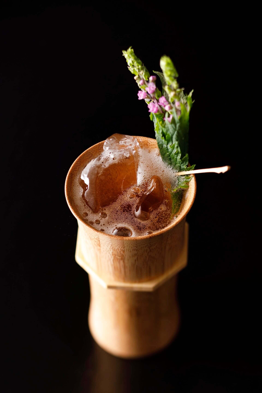 """世界第5位に輝いたバーテンダーによる""""サスティナブル""""な桜カクテルが登場!ホテルニューオータニ東京・Bar Capriにて期間限定で提供開始 gourmet200302_sakurafizz_3-1920x2880"""