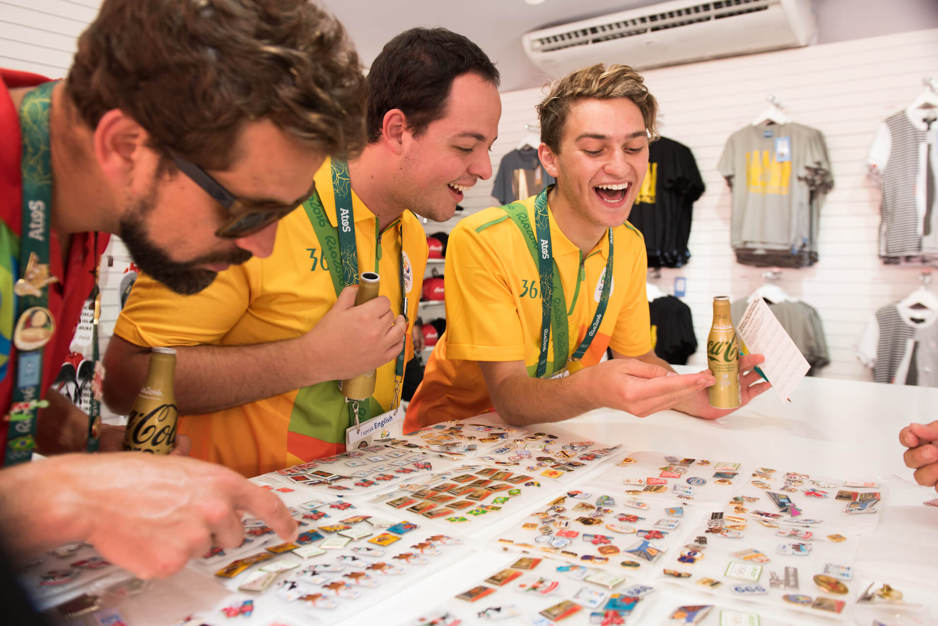 VERDYデザインのオリジナルピンから紐解く、コカ・コーラ社が東京2020オリンピックに込める想い interview-cocacola-verdy-7
