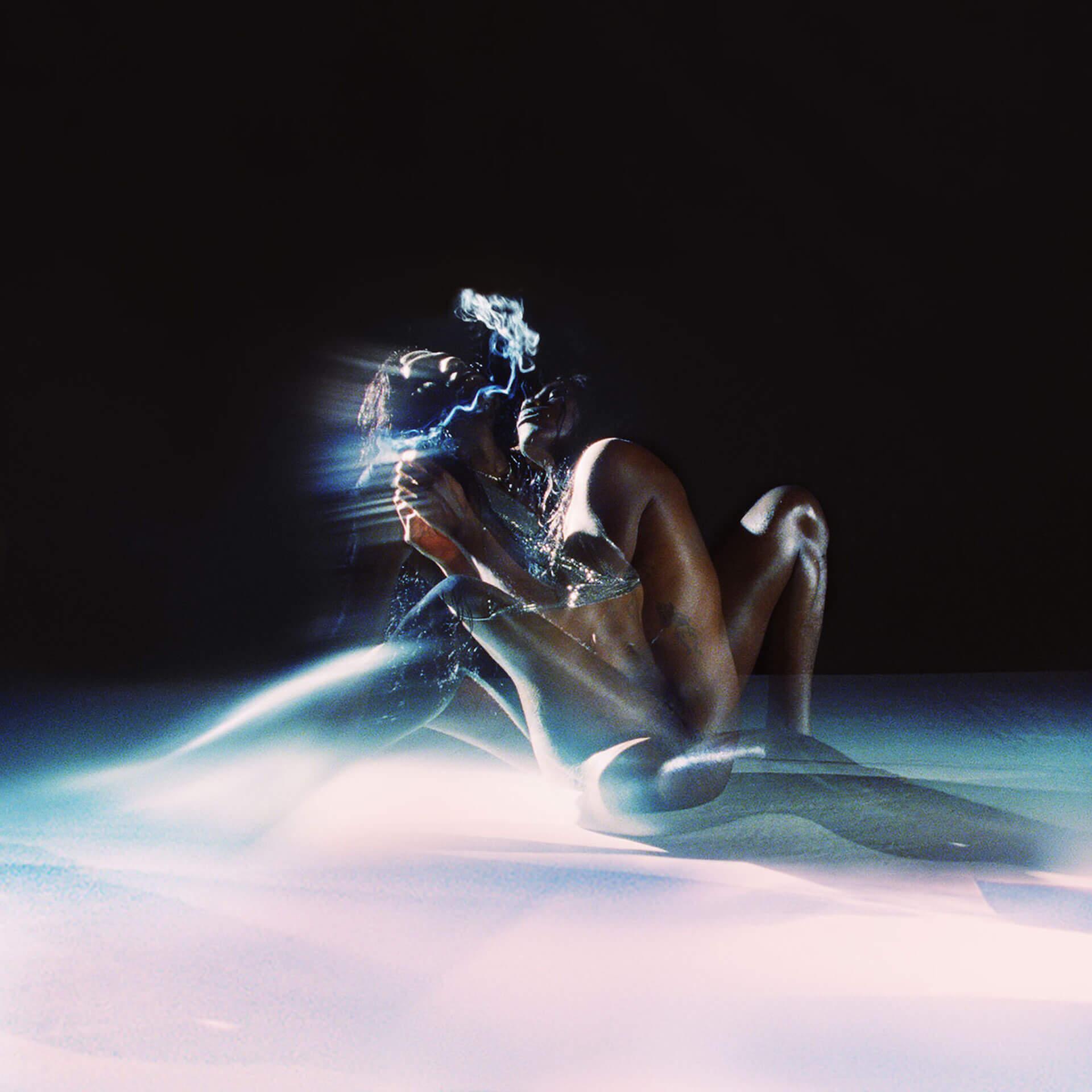 """Yves Tumorがニューアルバムから""""Romanticist""""、""""Dream Palette""""を同時公開!Kelsey Lu、Julia Cummingが参加 music200331_yvestumor_03"""