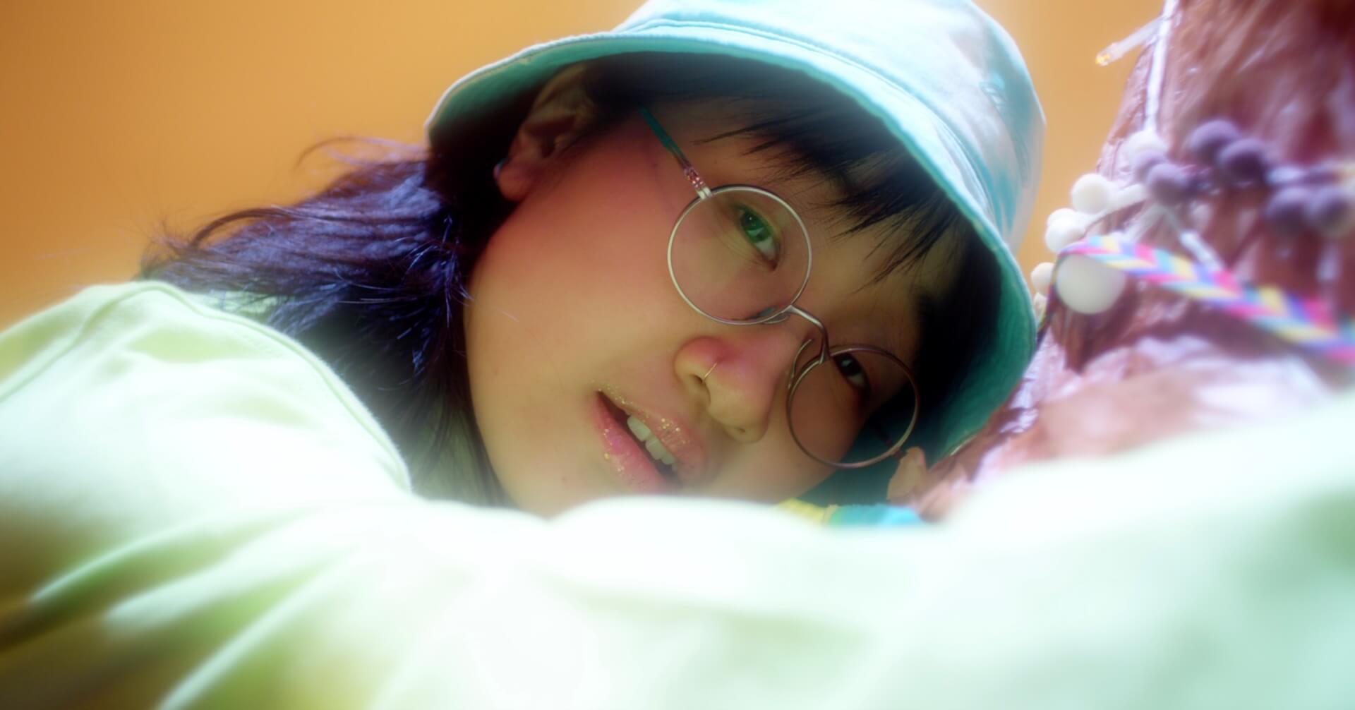 "Yaejiが最新ミックステープから『となりのトトロ』にインスパイアされた""WHEN I GROW UP""のリリックビデオを公開 music200408_yaejimv_01"