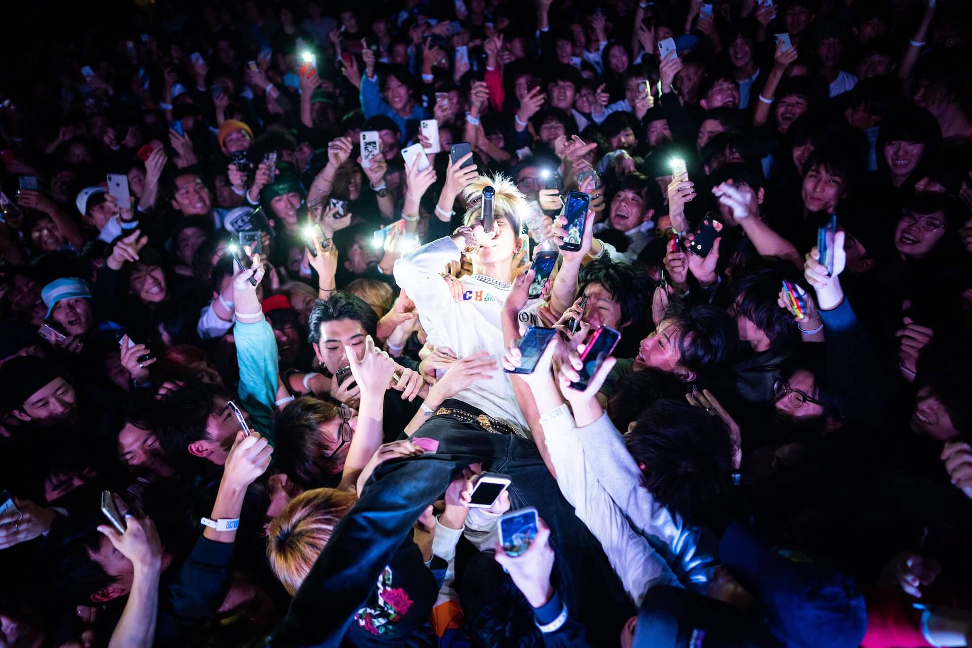 "LEXが最新EP『NEXT』を急遽リリース!<STAR TOUR>のオン・オフショットで構成したMV""95 Project""も公開 music200415_lex_next_02"