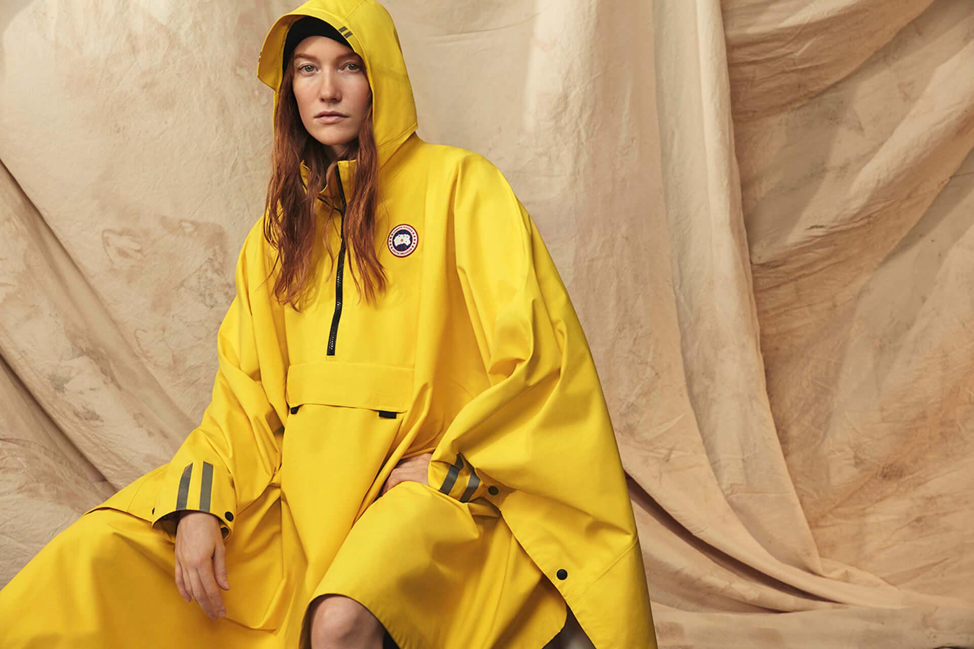 カナダグースの2020年春コレクションにイエローのレインウェアが登場!急な雨にも対応するポンチョ&ジャケット lf200417_-canadagoose_1-1920x1280