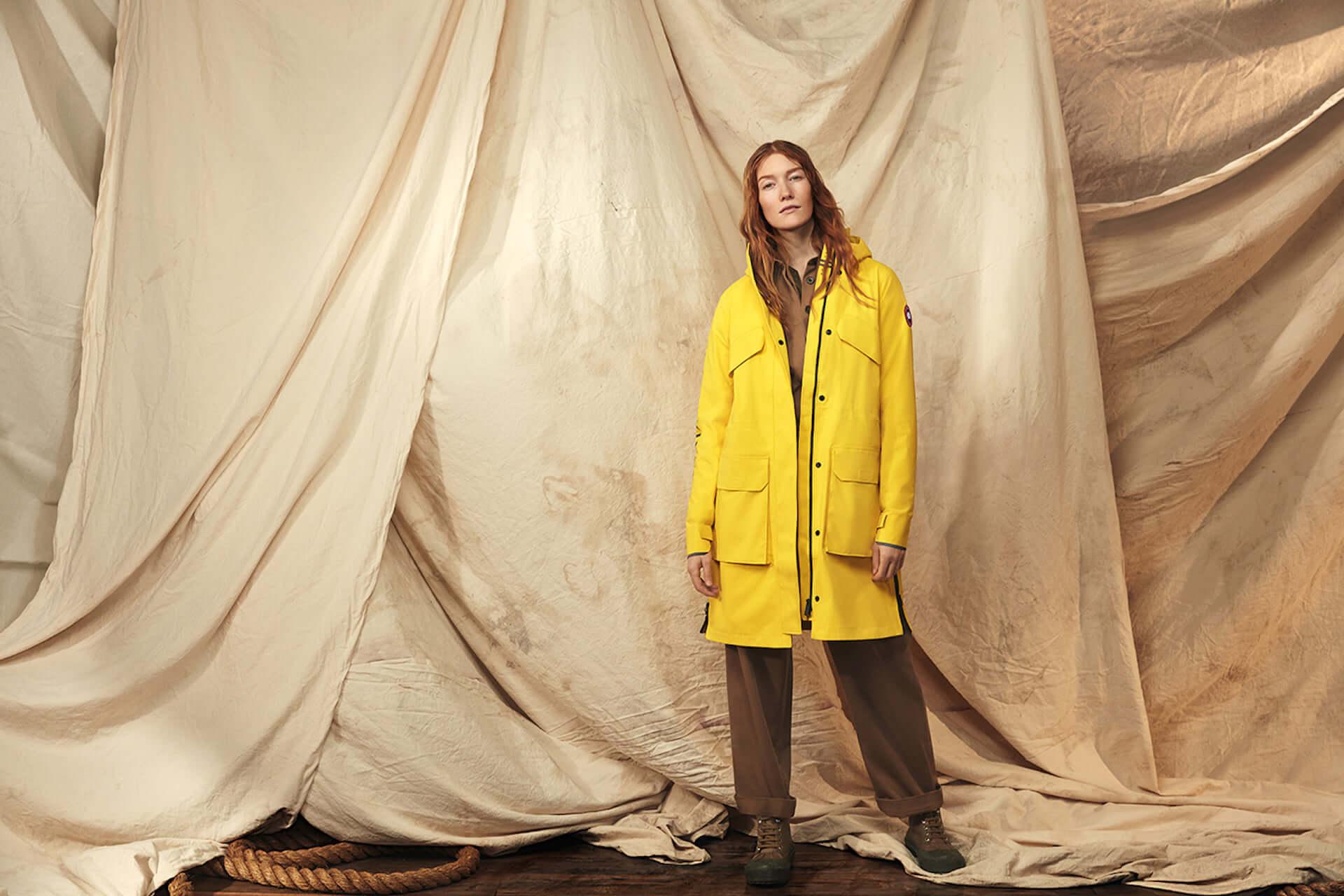カナダグースの2020年春コレクションにイエローのレインウェアが登場!急な雨にも対応するポンチョ&ジャケット lf200417_-canadagoose_4-1920x1280