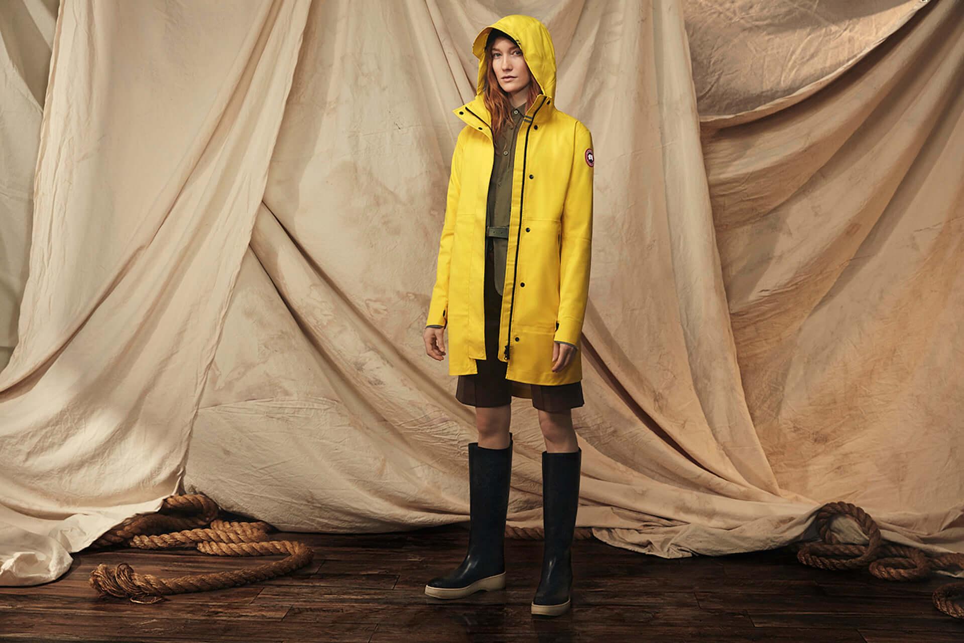 カナダグースの2020年春コレクションにイエローのレインウェアが登場!急な雨にも対応するポンチョ&ジャケット lf200417_-canadagoose_5-1920x1280