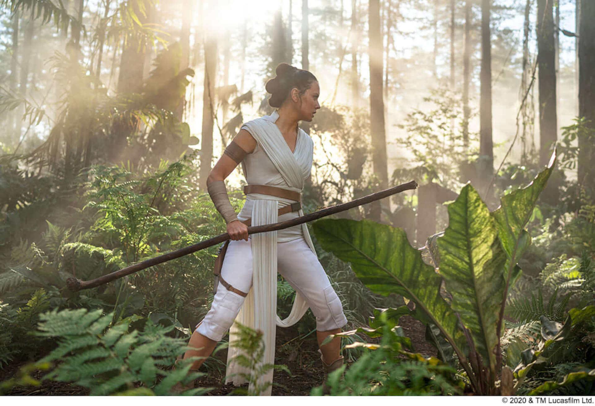 「スター・ウォーズ」シリーズをすべて渡り歩いたC-3PO俳優アンソニー・ダニエルズの舞台裏を収めた映像が解禁! film200424_starwars_5