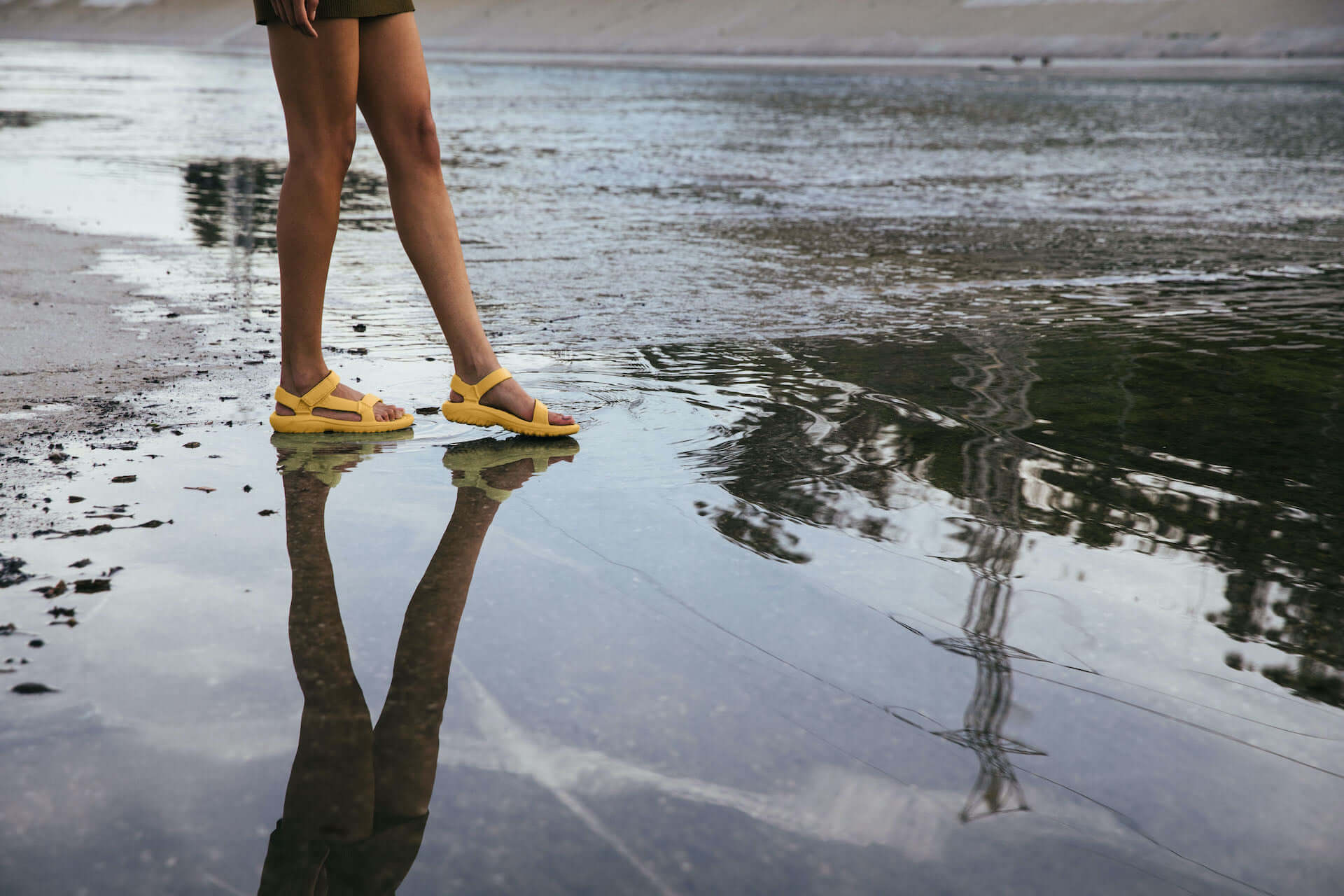 Tevaの濡れてもすぐ乾くスポーツサンダル「DRIFT COLLECTION」が登場!夏にぴったりなビビッドカラーの新色も lf200424_teva_3-1920x1280