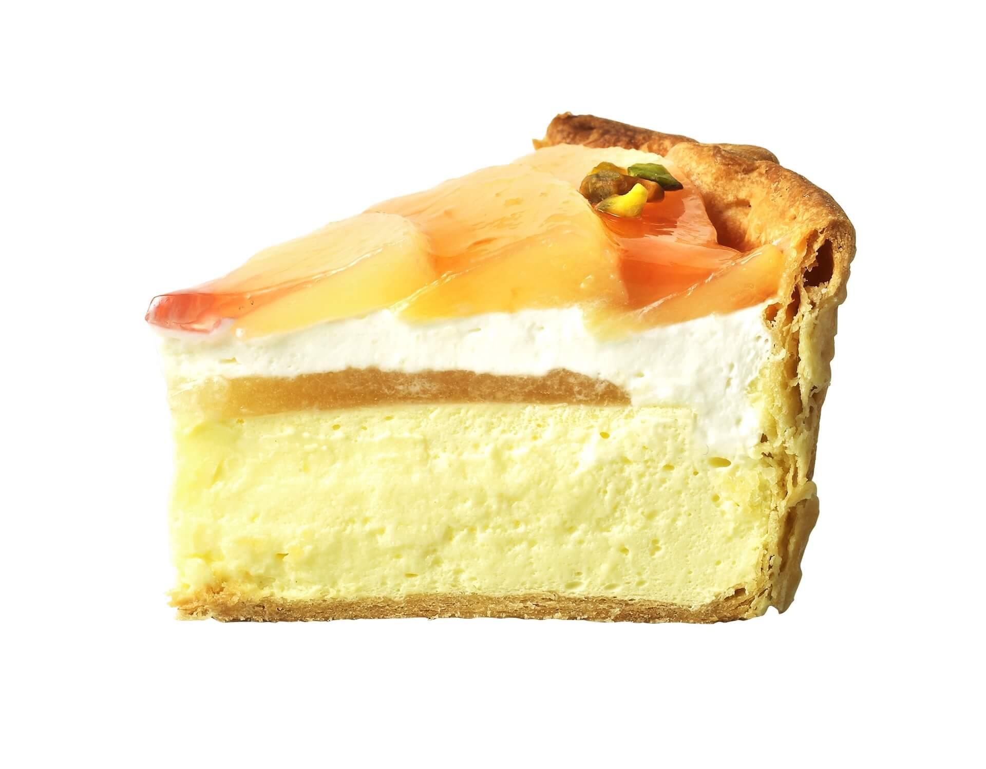 国産白桃が花びらのように敷き詰められたPABLOの新作『白桃とヨーグルトのチーズタルト』が1カ月限定で登場 gourmet_pablo_peachyogurt_04