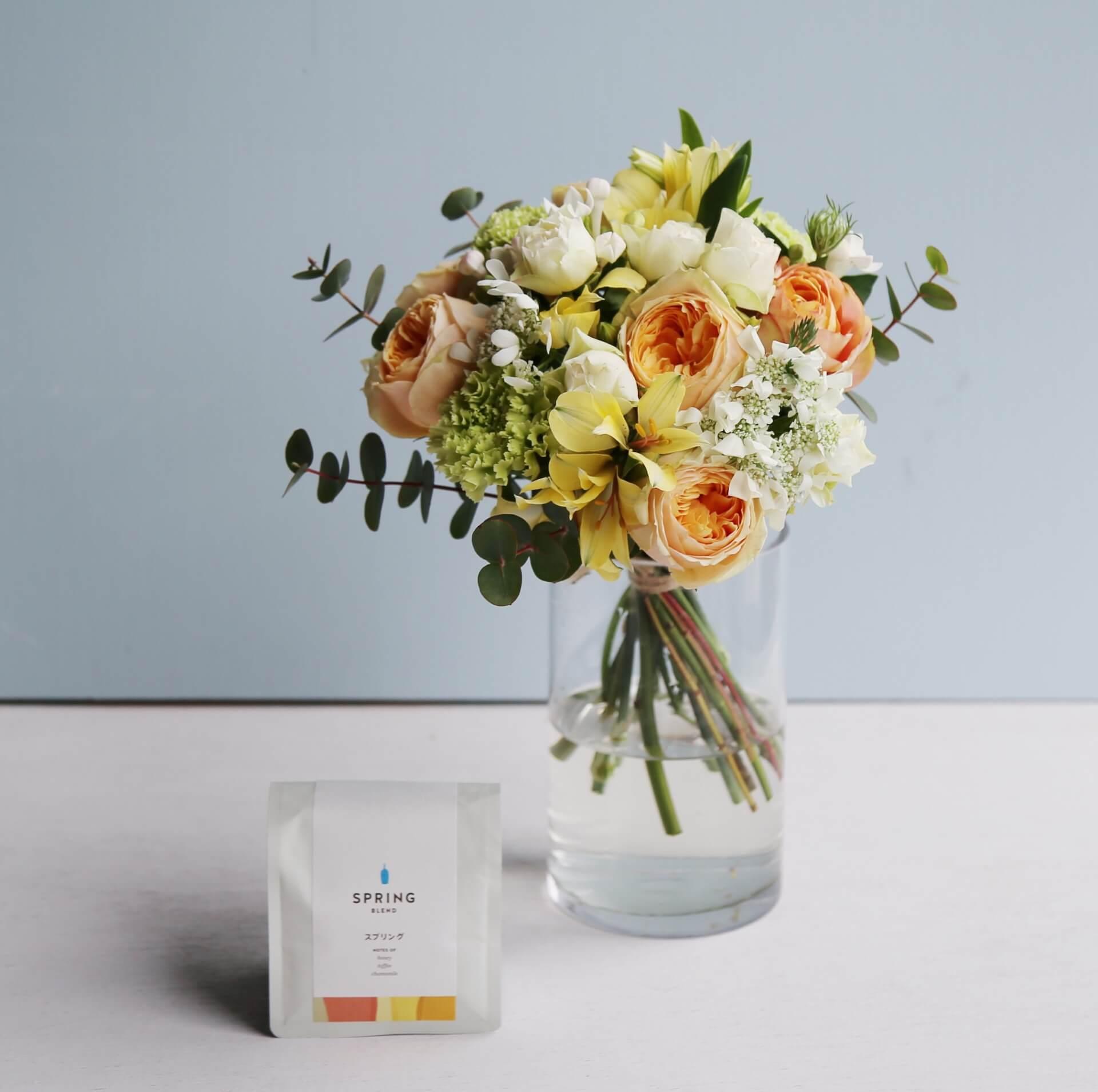 季節の花とコーヒーの母の日ギフトが登場!フラワーアレンジメント、ブーケと「スプリングブレンド」コーヒーがセットに lf200428_mothersdaygift_02