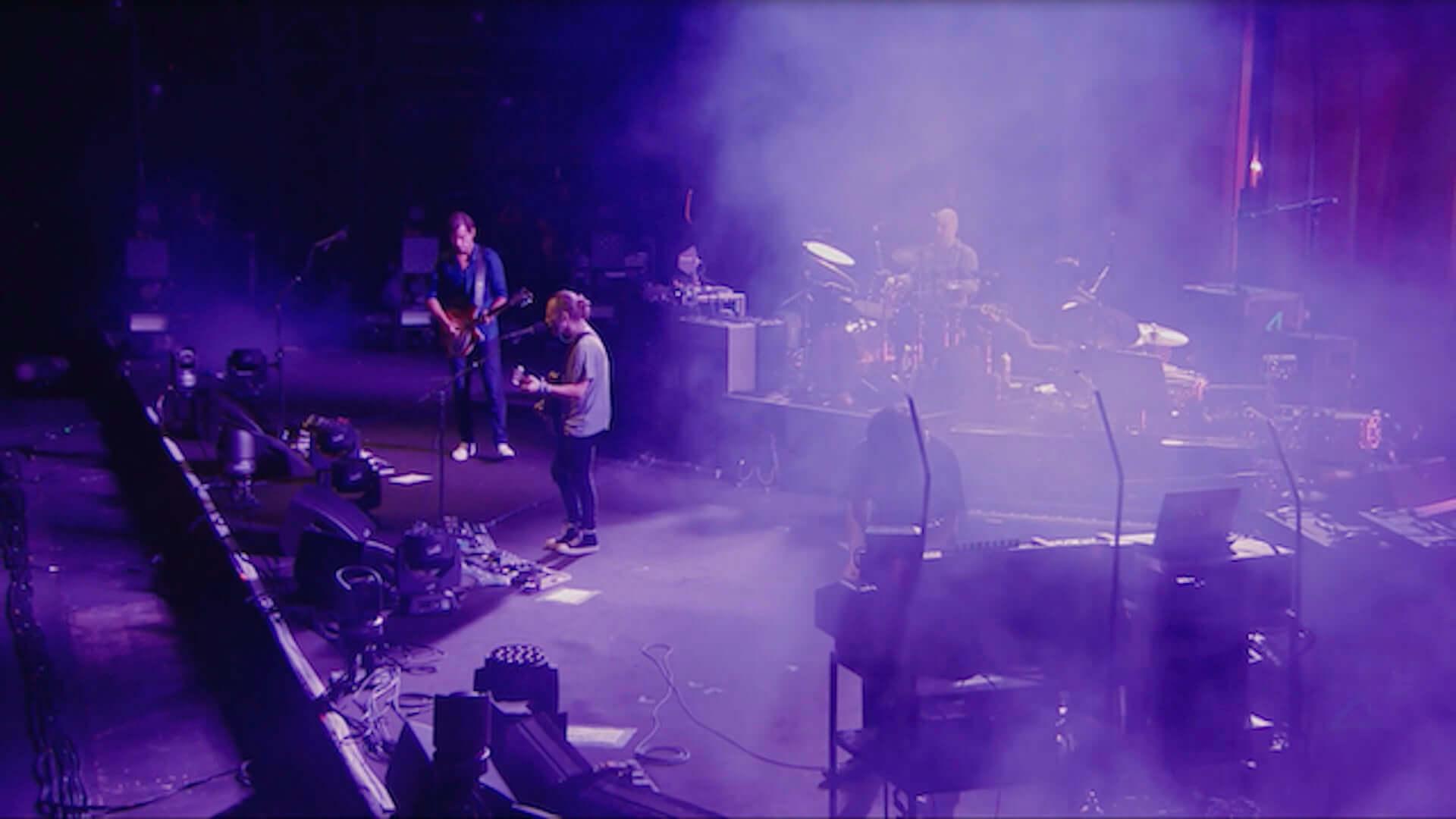 Radioheadが<SUMMER SONIC 2016>でのライブ映像をYouTubeで今夜公開!Thom Yorkeの限定グッズも発売中 music200514_radiohead_1-1920x1080