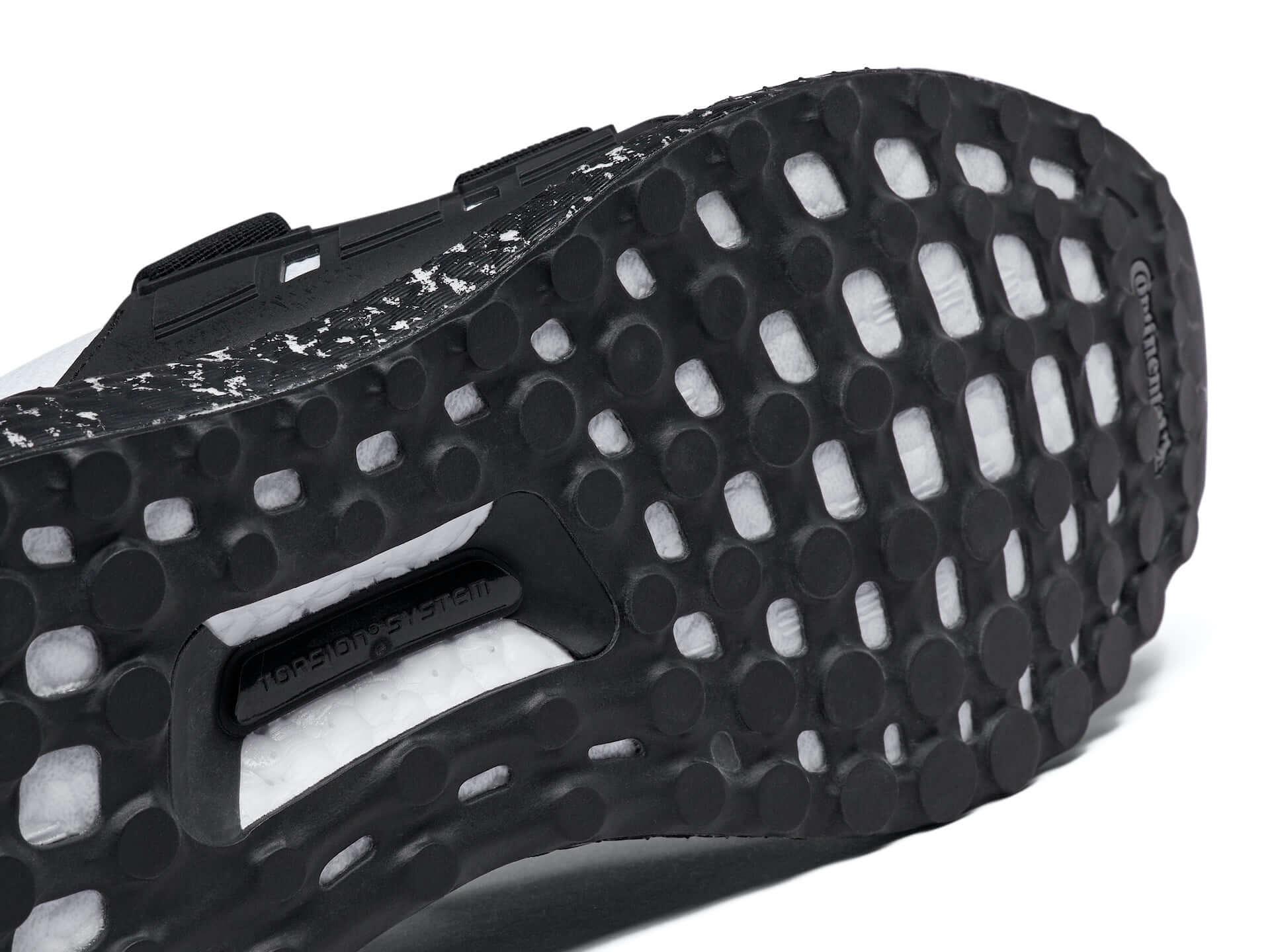 アディダスとHYKEのコラボコレクションが日本で先行発売決定!日本限定仕様の『ULTRABOOST』も登場 lf200520_adidas_hyke_11-1920x1440