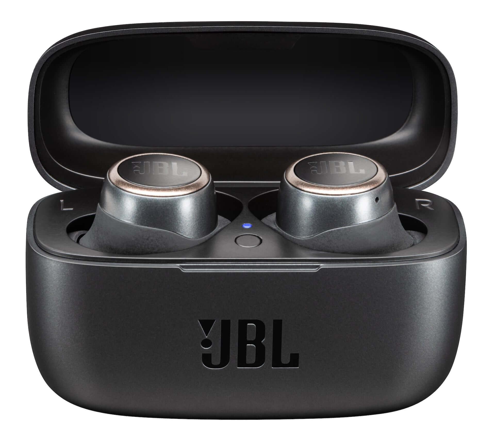 JBLからサウンドカスタマイズ可能な完全ワイヤレスイヤホン『JBL LIVE300TWS』が登場!テレワークにもおすすめ tech200521_jbl_live300tws_13-1920x1729