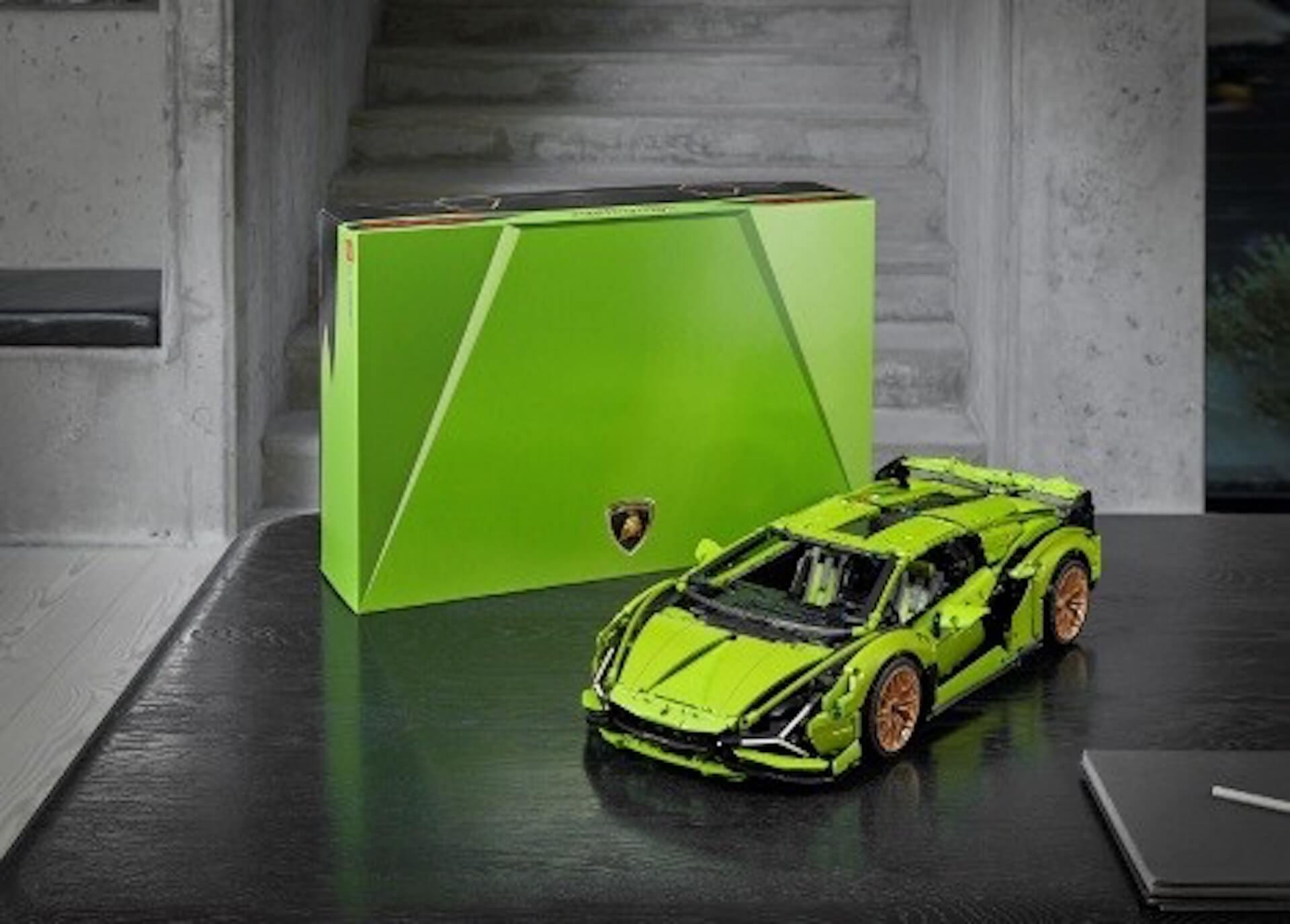1/8スケールの『レゴ(R)テクニック ランボルギーニ シアンFKP 37』が登場!エンジン、ホイール、車内まで忠実に再現 ac200529_lego_lamborghini_03