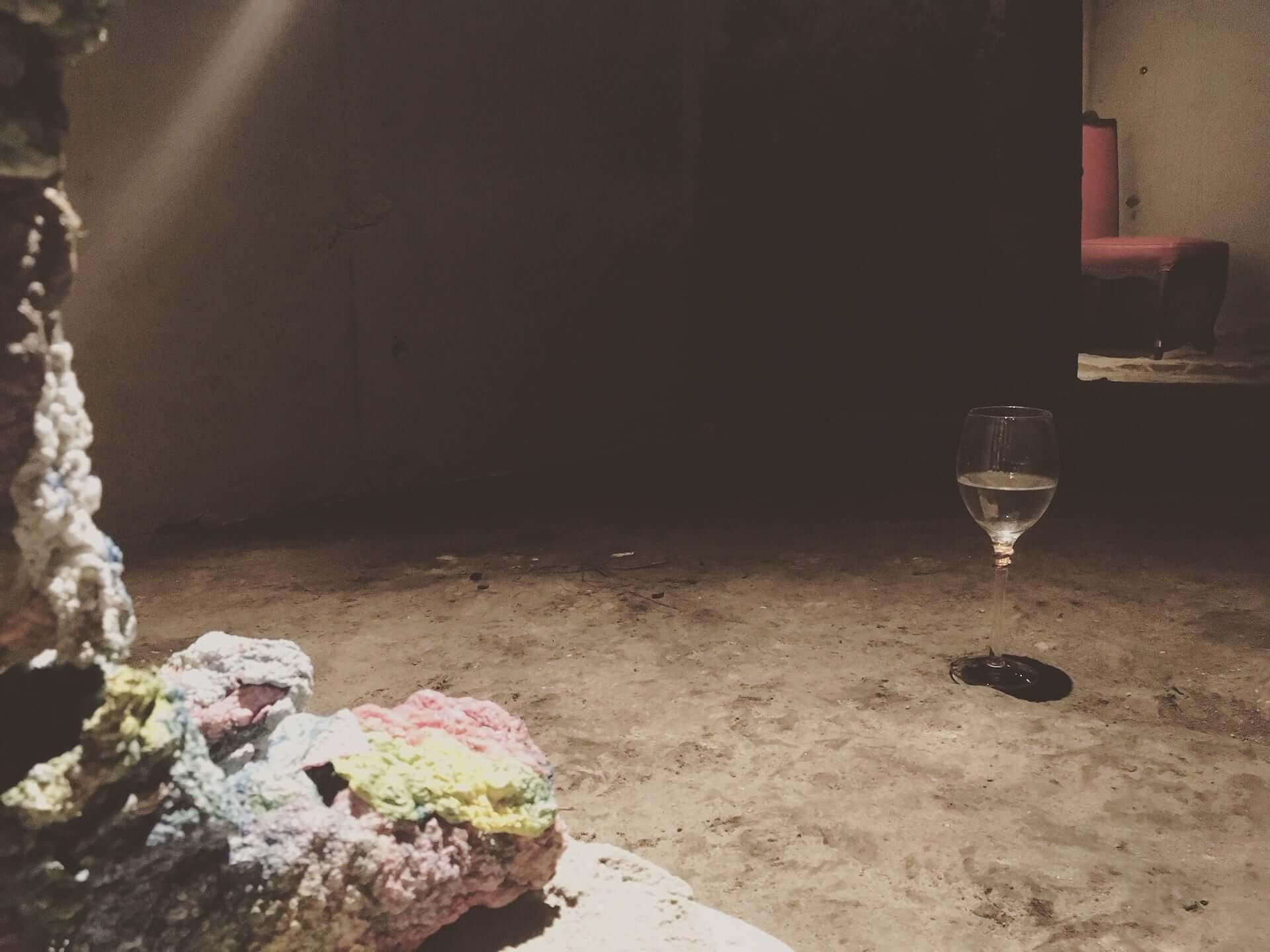 銭湯を改装した異空間!アートとカフェが一体となった「芸術銭湯+Café 宮の湯」が根津にオープン art200602_cafe_miyanoyu_2-1920x1440