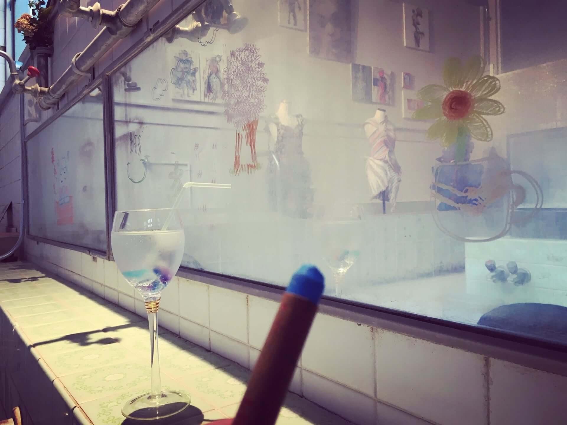 銭湯を改装した異空間!アートとカフェが一体となった「芸術銭湯+Café 宮の湯」が根津にオープン art200602_cafe_miyanoyu_5-1920x1440