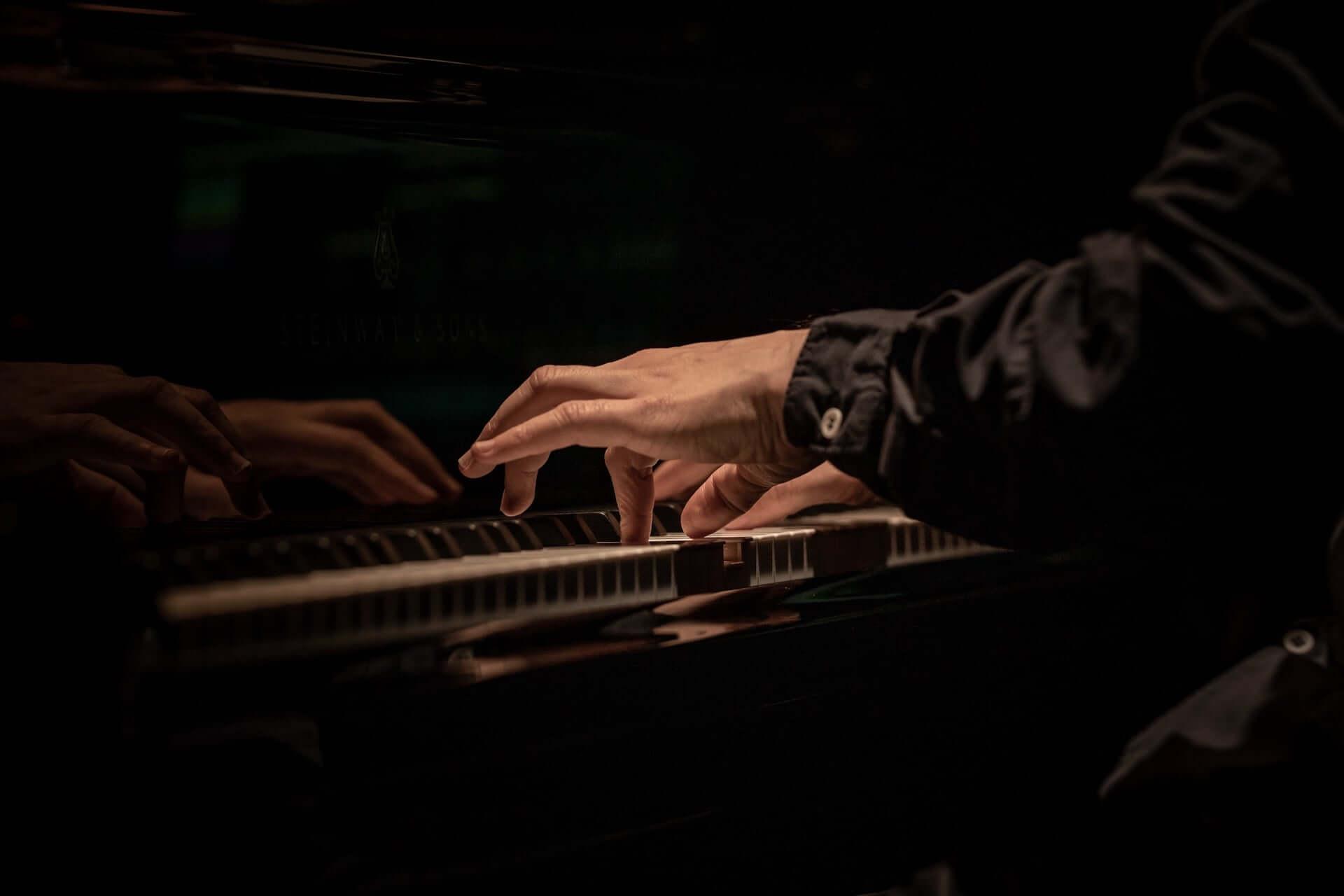 原 摩利彦の最新作『PASSION』が本日リリース|全15曲に寄せた本人のエッセイも大公開 music200605_marihikohara_18-1920x1280