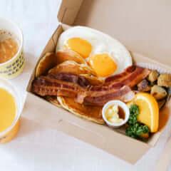アメリカの朝ごはん(テイクアウト)
