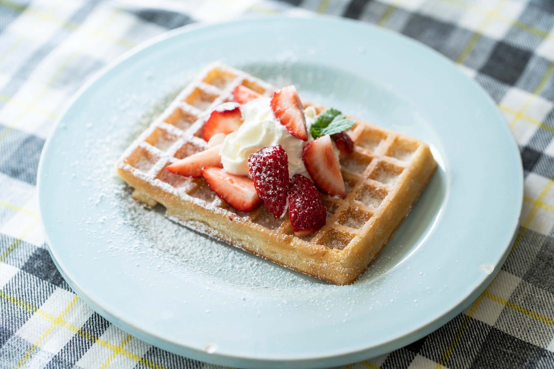"""世界各国の朝ごはんをおうちでも!「WORLD BREAKFAST ALLDAY」6&7月の特集は""""ベルギー""""に決定 gourmet200610_wba_belgium_13-1920x1281"""