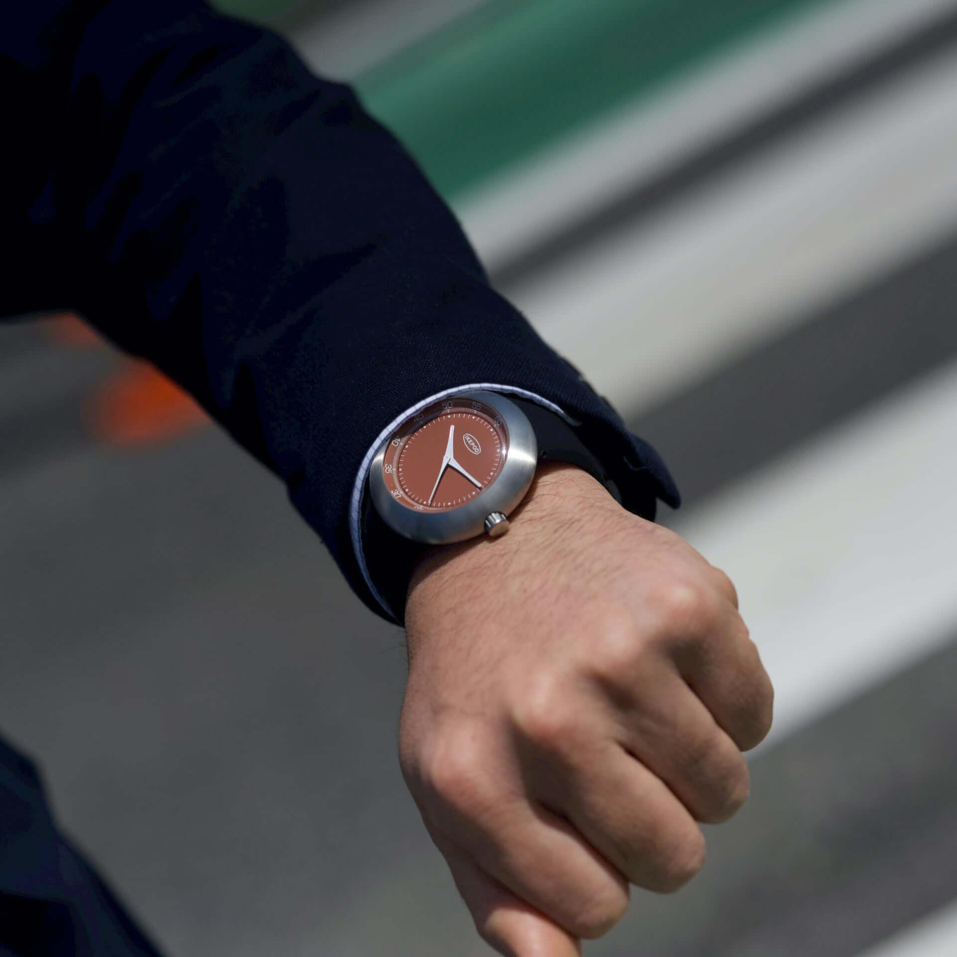 世界で50本のみ!スイス時計ブランド・IKEPODの新コレクション「Megapod」から、復活後初の限定モデルが発売決定 life200610_ikepod_megapod_4-1920x1920