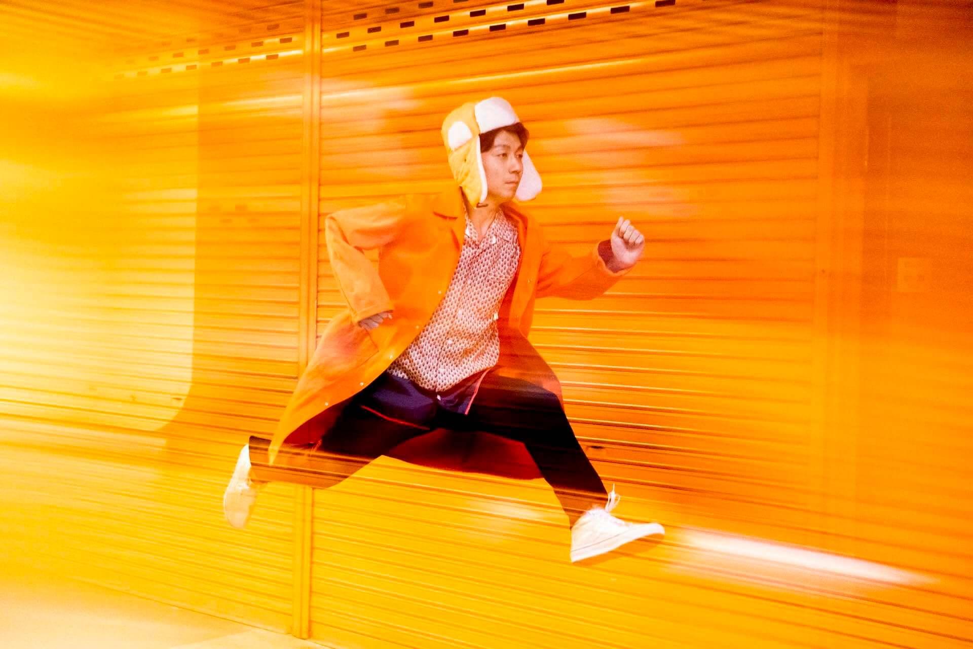 "Kenmochi Hidefumiの新アルバム『たぶん沸く〜TOWN WORK〜』がリリース決定|""Midnight Television""が先行配信開始 music200612_kenmochi_hidefumi_1-1920x1280"
