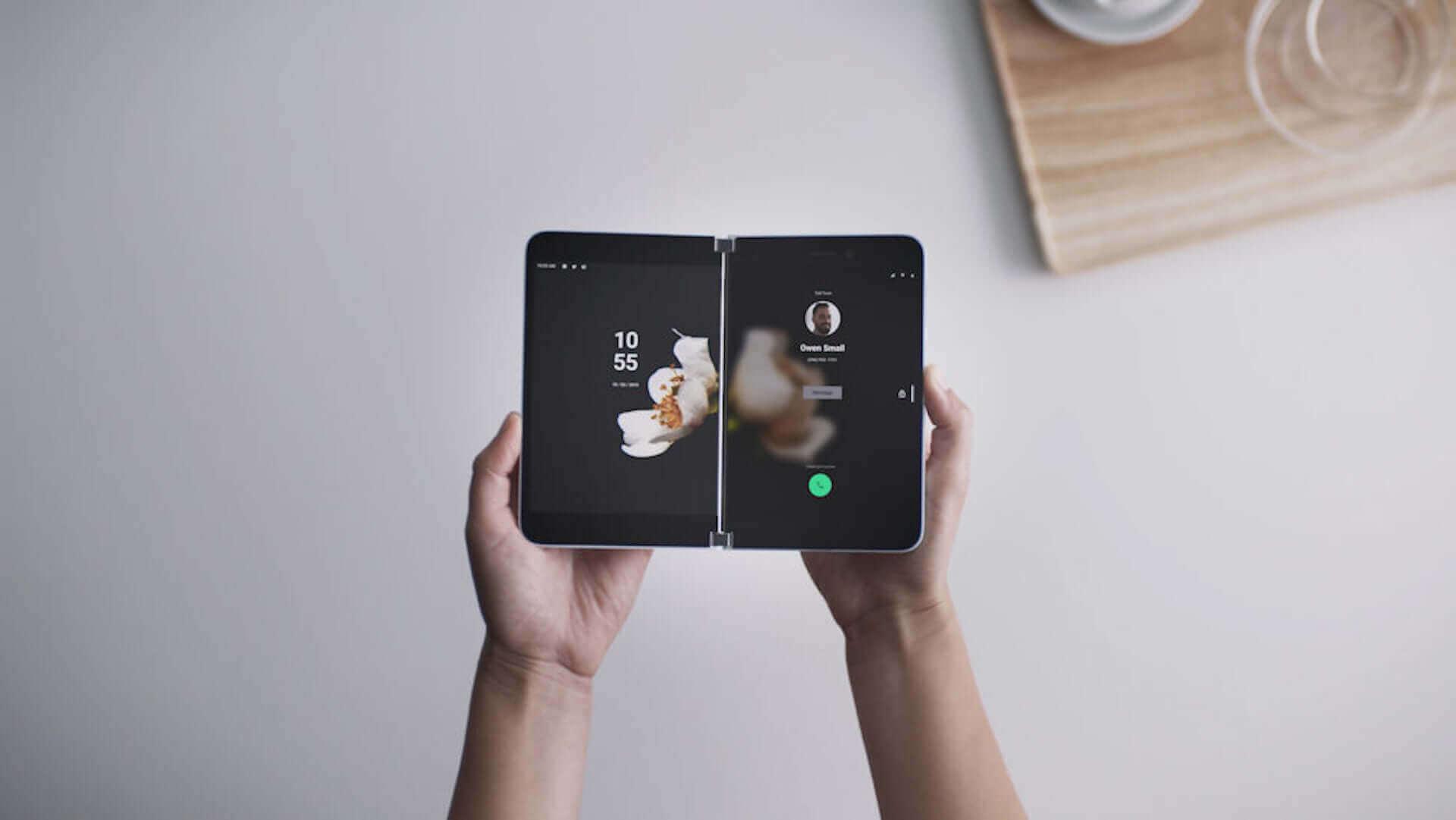 やはり折りたたみiPhoneは実現する?開発中のプロトタイプはiPhone初のノッチなしの可能性 tech200616_iphone_foldable_1