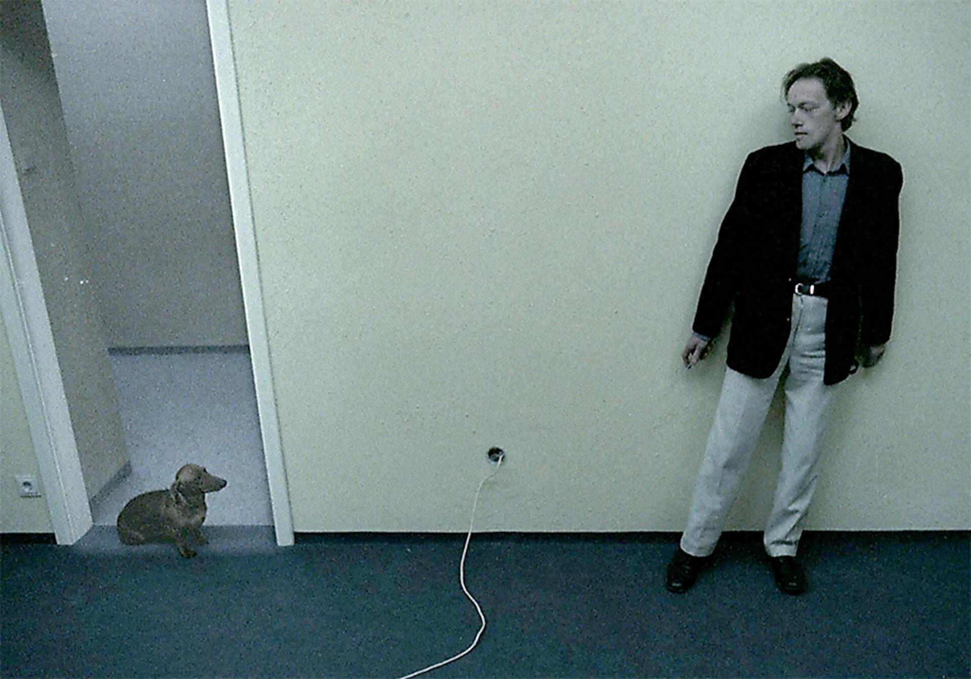 狂気的な殺人鬼K.と愛くるしい犬との邂逅の末は...?話題沸騰の『アングスト/不安』の特別映像&新場面写真が解禁 film200616_angst_1