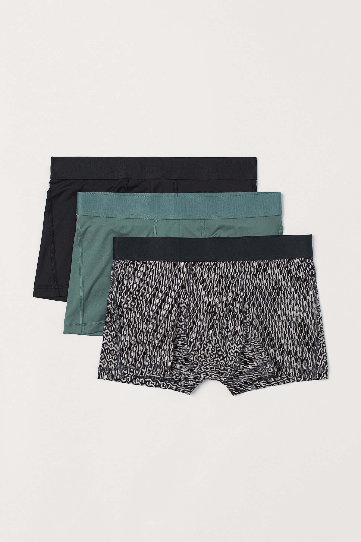 H&Mメンズから、新ファブリック・COOLMAX®︎搭載の最新夏コレクションが登場!暑さ対策に最適なTシャツなど全35型 lf200617_hm_men_7-1920x2880
