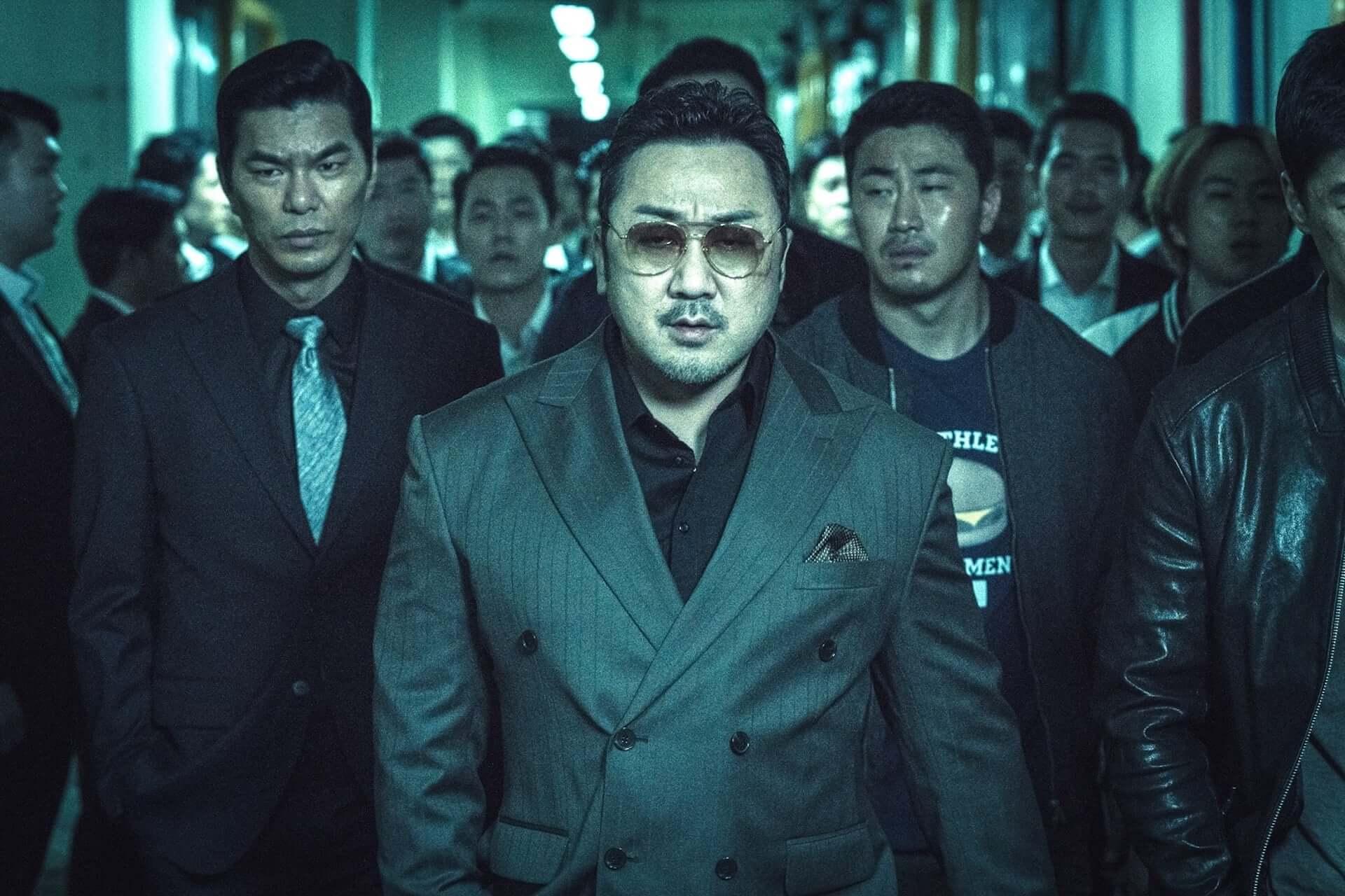隣の席にマ・ドンソク現る!異例の大ヒットを遂げた韓国映画『悪人伝』のソーシャルディスタンスパネルが劇場に設置決定 film200619_akuninden_2-1920x1280