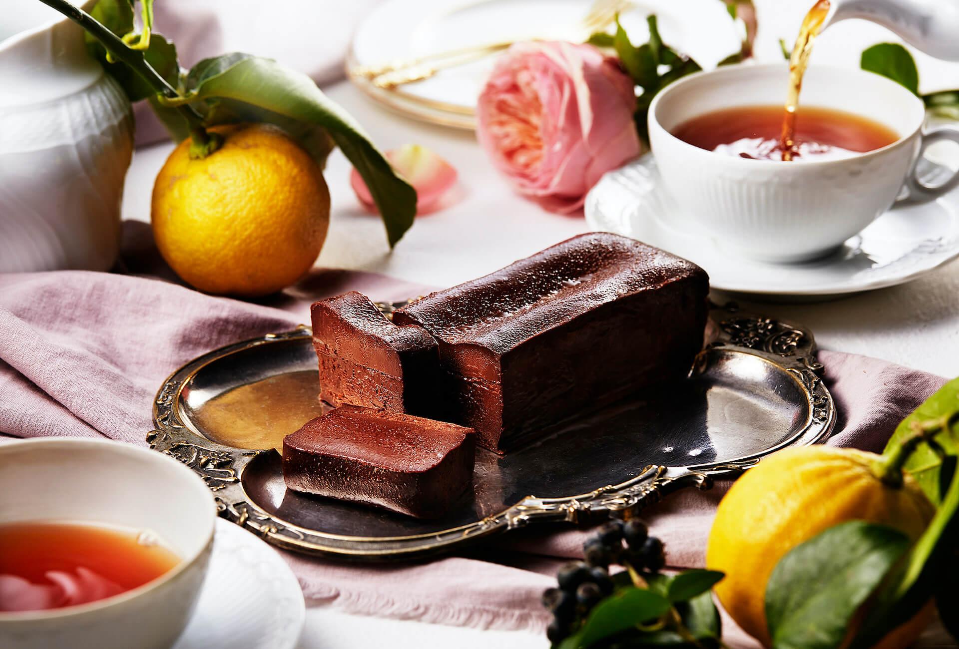 「大人のガトーショコラ専門店 マジョリ」から華やかなベルガモットが香るガトーショコラが1日100本限定で新発売! gourmet200622_majori_gateauchocolat_04