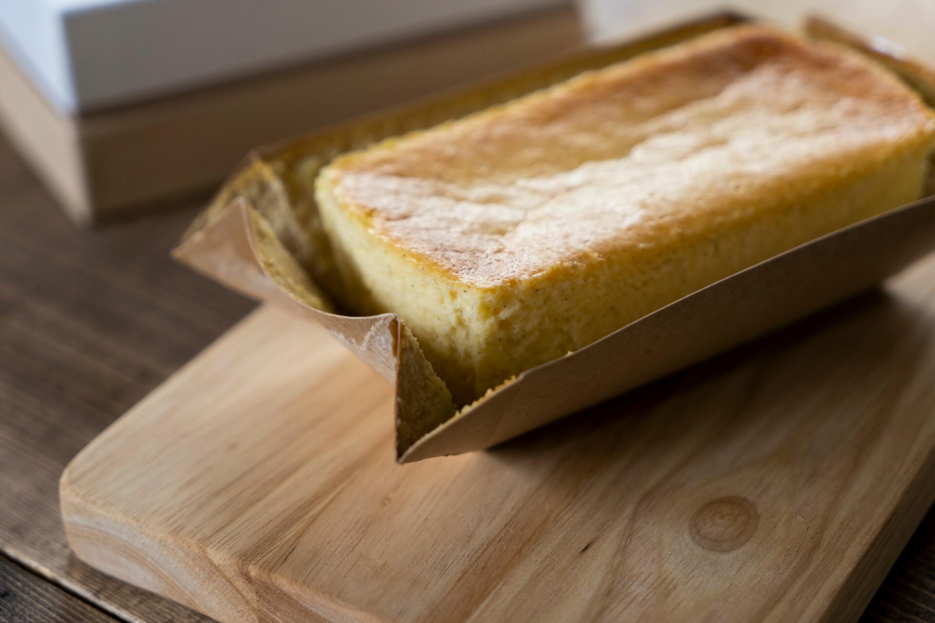 ベイク、レアチーズ2つの食感が楽しめるフロマージュがル コキヤージュの「テリーヌ ドゥ ショコラシリーズ」に新登場! gourmet_terrinedechocolat_03