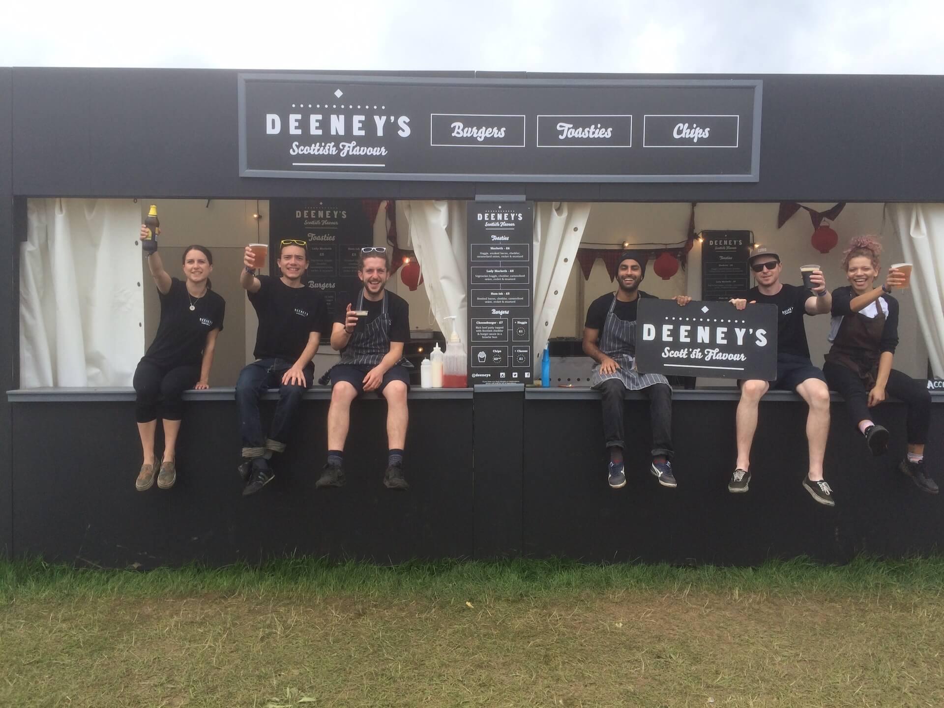 ロンドン発「DEENEY'S」の日本初路面店がオープン!スコットランドの伝統料理ハギスを使用したトースティを販売 gourmet200625_deenys_02