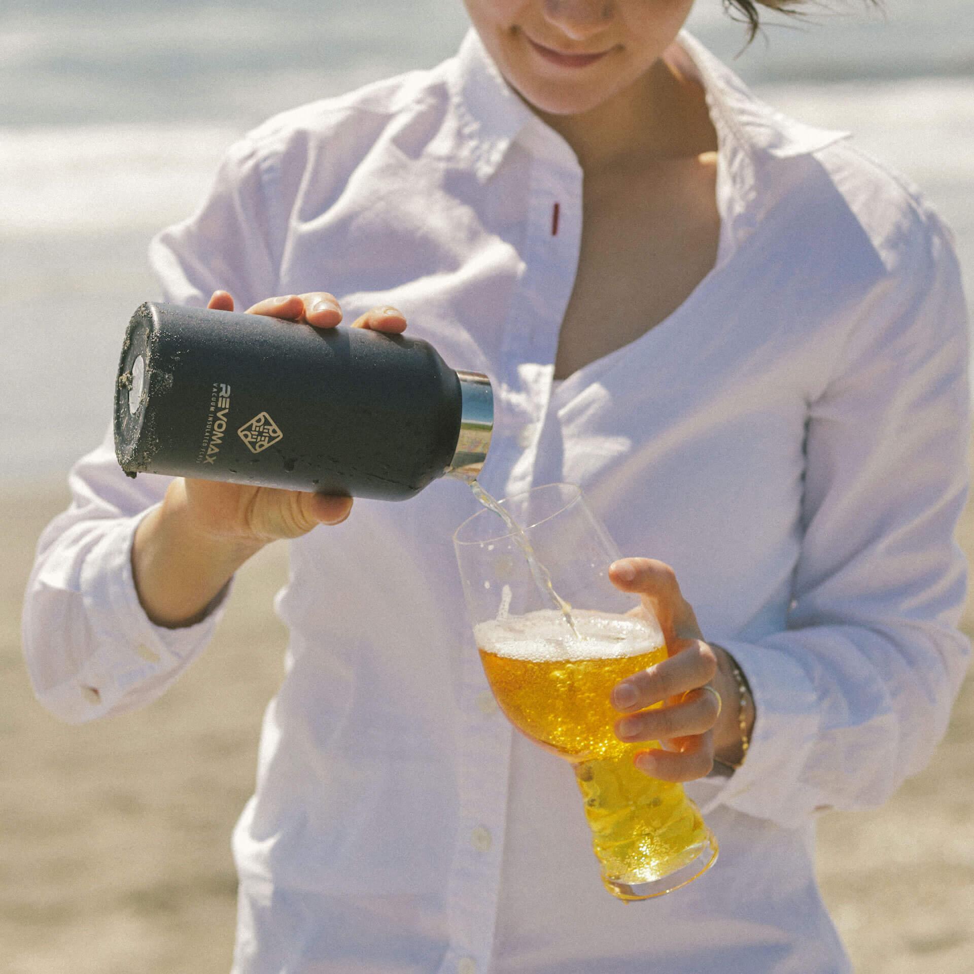 炭酸が入れられるボトル『REVOMAX』で冷えたビールをテイクアウトしよう!全国の量り売り店舗を紹介するmapも公開 gourmet_200701_revomax_beer_06