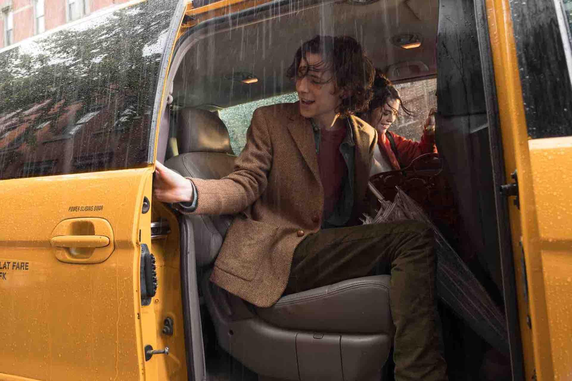ウディ・アレン最新作『レイニーデイ・イン・ニューヨーク』伏し目がちな姿やモデルのようなティモシー・シャラメの場面写真が公開! film200609_rainyday_in_ny_04