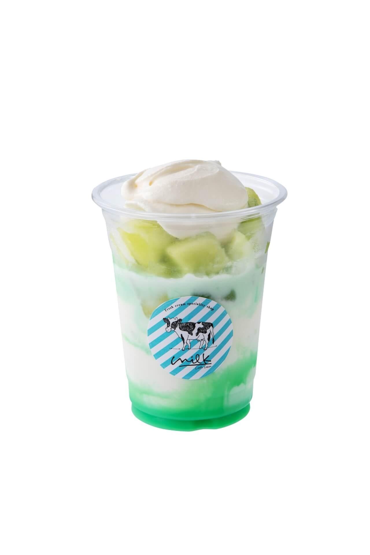 渋谷ミルクがかき氷屋さんに!ふわふわのいちごやマンゴーなどの果物のかき氷が食べ歩きサイズ・夏季限定で新登場 gourmet200709_milk_kakigori_07