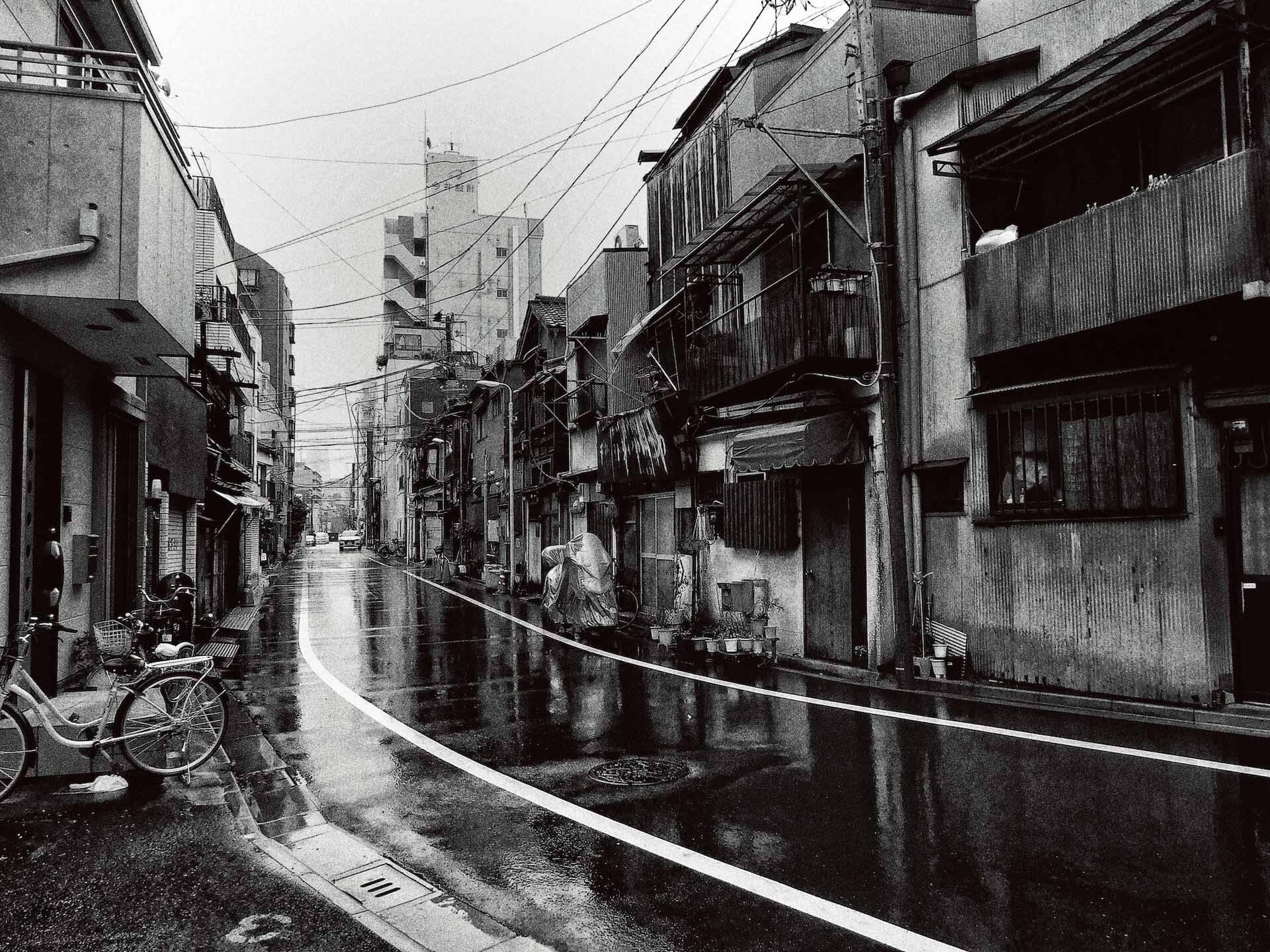 東京の路地裏を捉えた森山大道の写真集『Tokyo』が発売|撮影現場に同行したインタビュー動画公開&パネル展も開催 ac200714_daido_moriyama_02