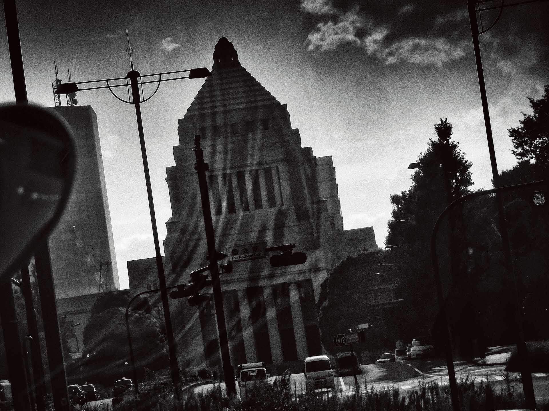 東京の路地裏を捉えた森山大道の写真集『Tokyo』が発売|撮影現場に同行したインタビュー動画公開&パネル展も開催 ac200714_daido_moriyama_03
