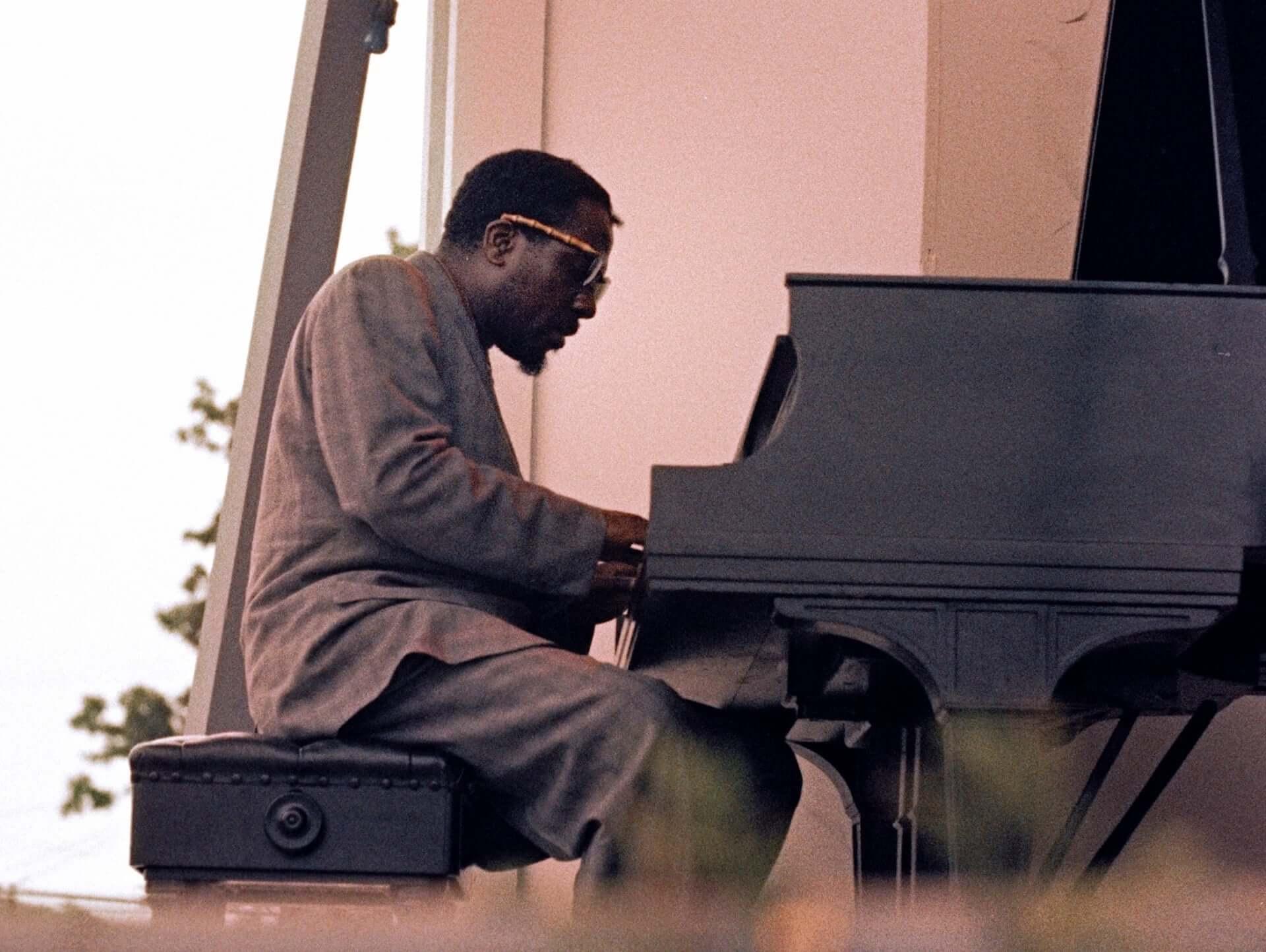 ルイ・アームストロング、チャック・ベリーも登場!米最大級のフェスを追った『真夏の夜のジャズ』4K版の予告編が解禁&セットリストも紹介 film200716_jazz4k_1-1920x1444