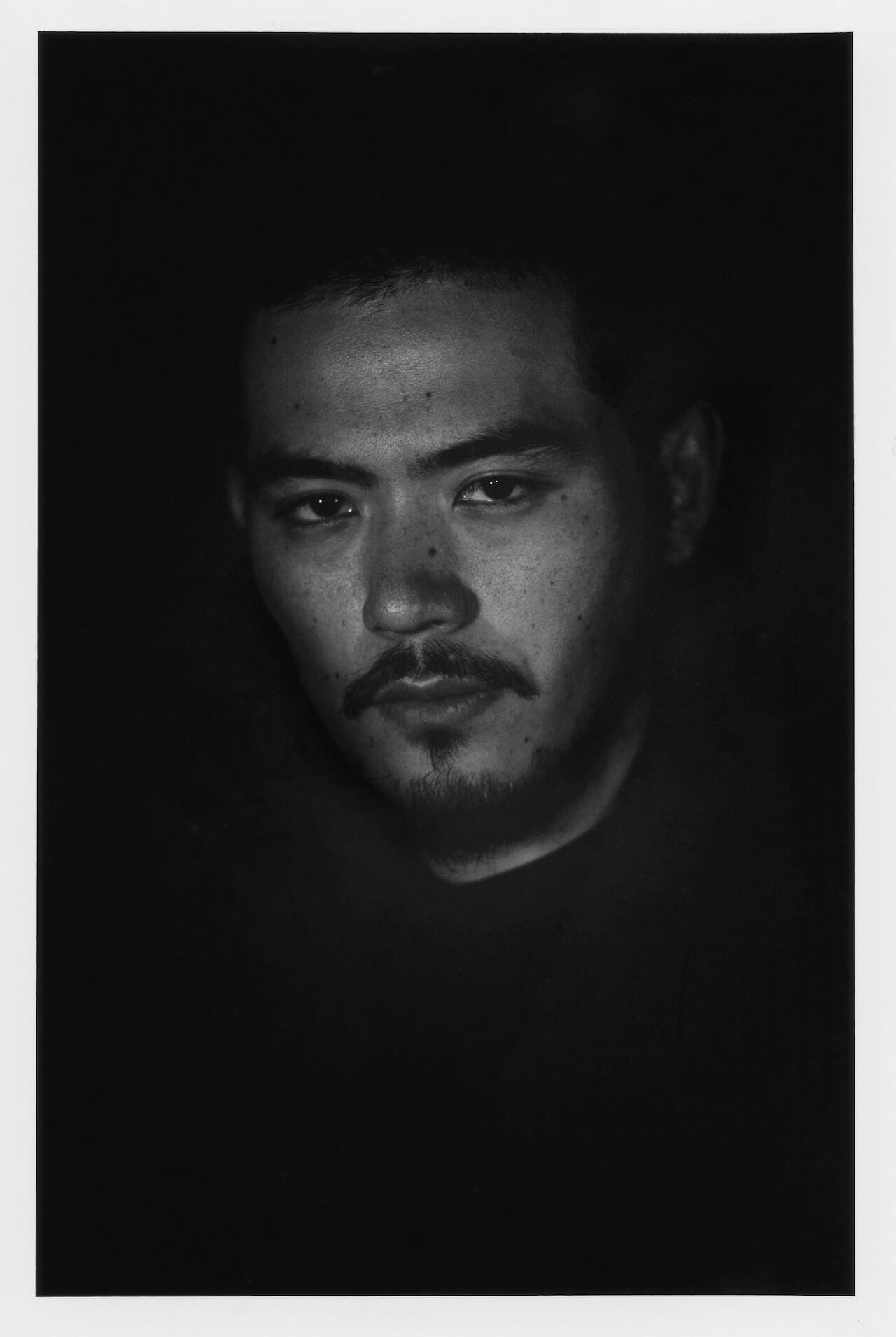 高岩遼よりスペシャルなお知らせが到着──自叙伝『30』が発売決定! music200723-takaiwaryo-5