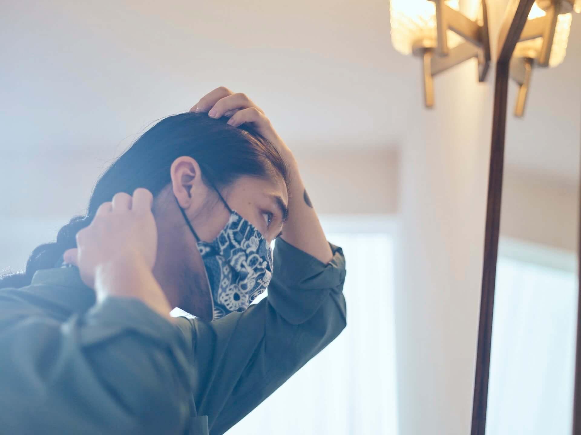 現代装飾家・京森康平と藍師/染師・BUAISOUが手掛けたマスク&手拭いも販売!『日に流れて橋に行く』×誠品生活日本橋のコラボ企画が始動 lf200806_buaisou-koheikyomori_10-1920x1440