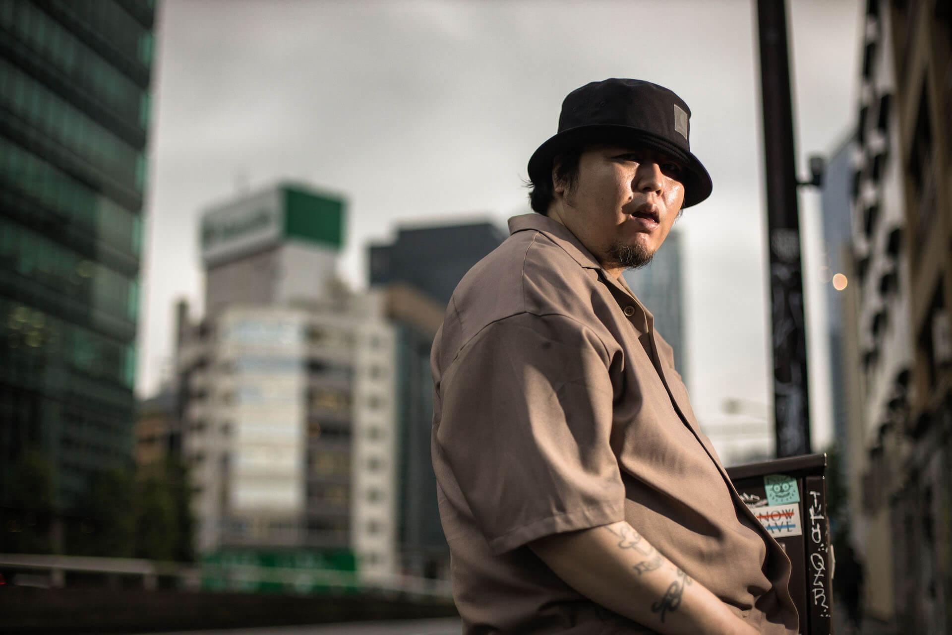 "BESがニューアルバム『LIVE IN TOKYO』のリリースを発表|盟友STICKYとの""Surviving Fraction""MVが公開 music200807_bes_3"