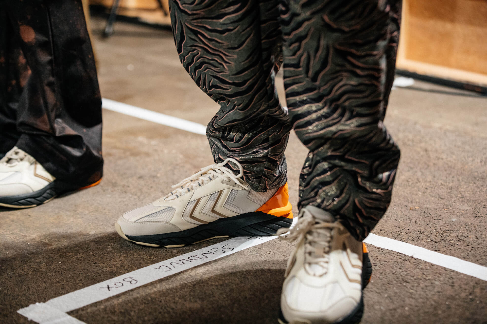 HUMMEL HIVEとASTRID ANDERSENのコラボスニーカーが東京・上野のmita sneakers限定で発売! lf200819_hummelhive_astritandersen_03