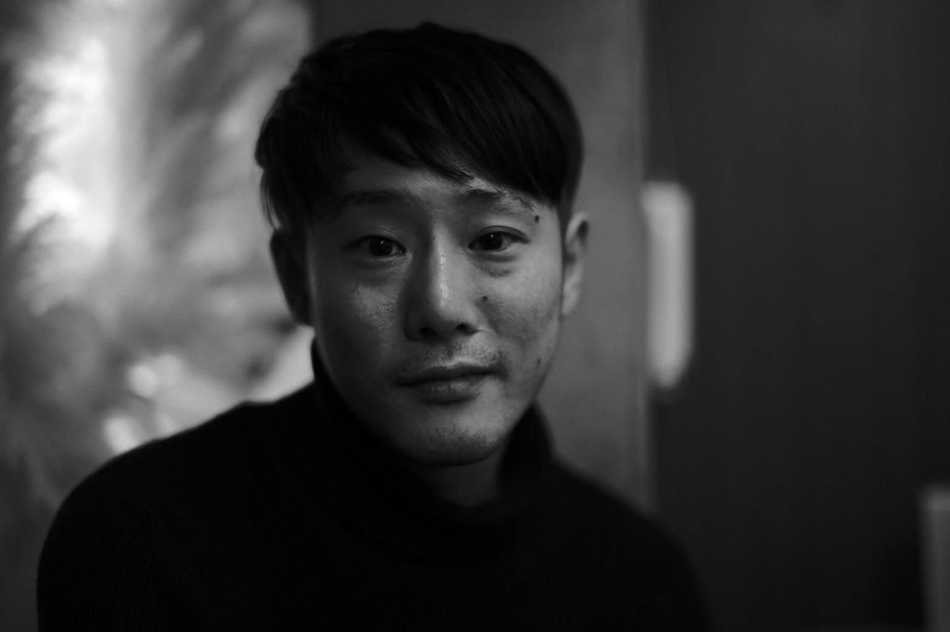 藤井道人監督が最新作『宇宙でいちばんあかるい屋根』に込めた願い「周りの人を理解できる世の中に」 interview200821_fujiimichihito_1