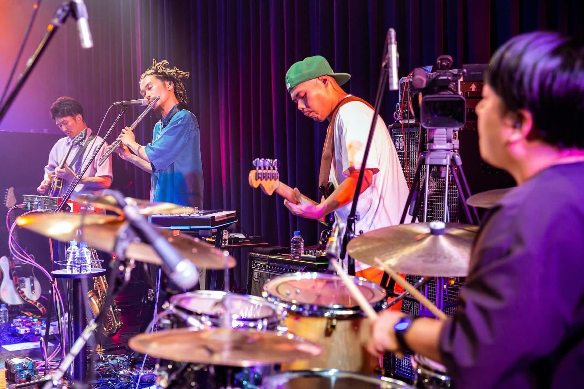結成10周年を迎えたSoulflexがビルボードライブ大阪からキャリア初の生配信ライブを敢行!ライブレポートが到着 music2000825_soulflex-livereport_27-1920x1280