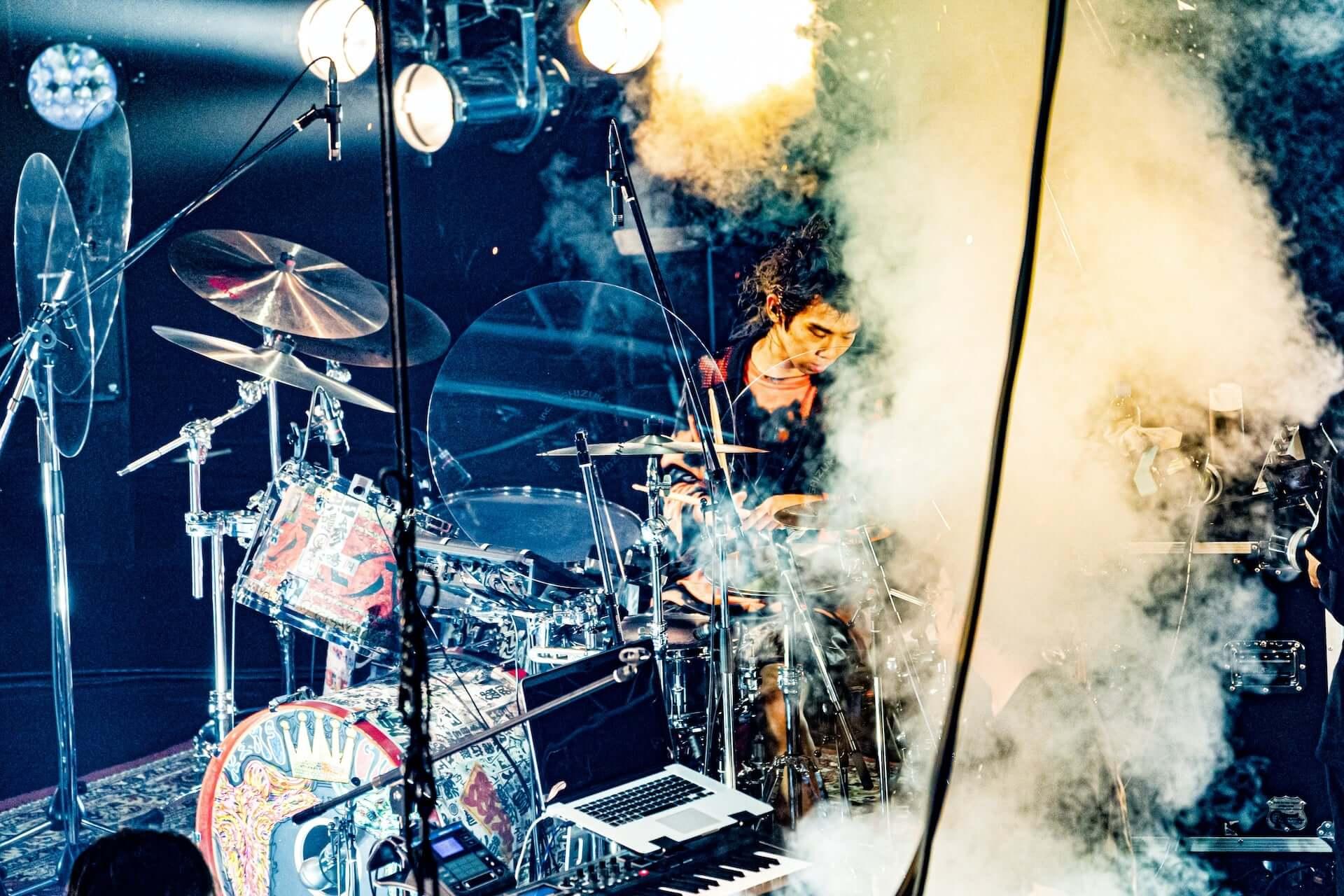 King Gnuがバンド初の配信ライブ<King Gnu Streaming Live>を実施!ライブレポートが到着 music200831_kinggnu-live_9-1920x1280
