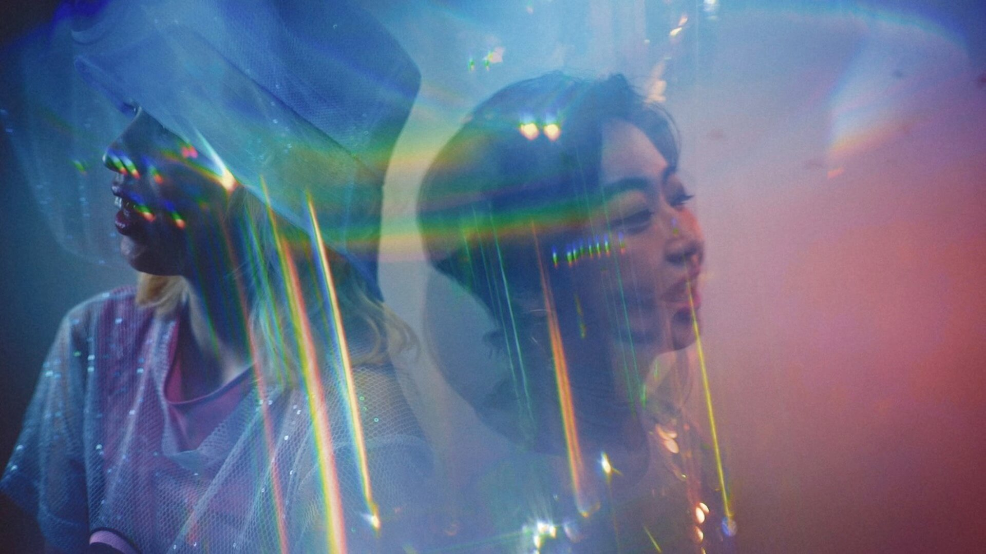 "chelmicoがニューアルバム『maze』発売に先駆け""Disco""をリリース&MV公開!アルバムを視聴できる生番組も今夜配信 music200807_chelmico_mv_03"