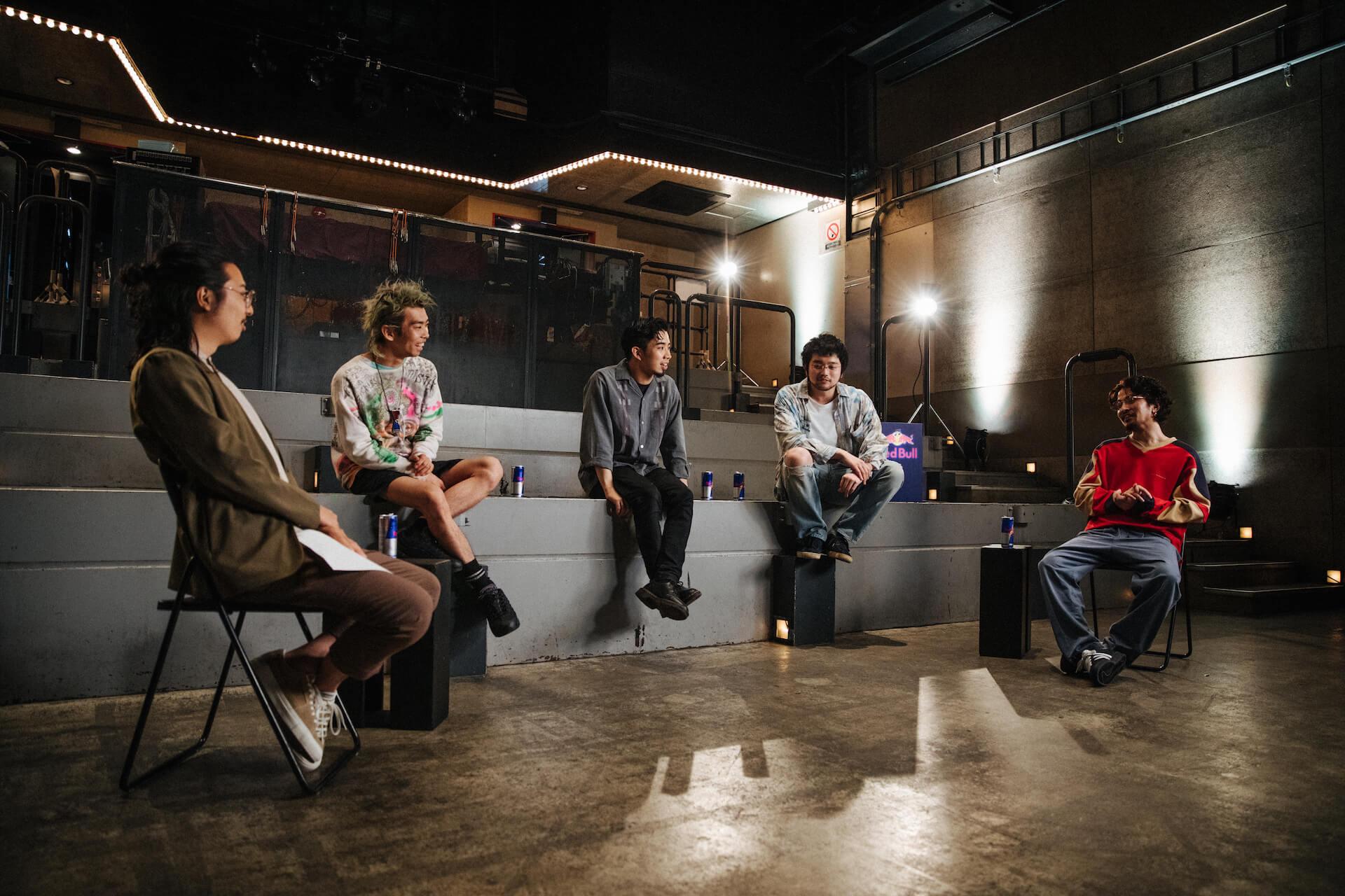 "King Gnuが日本アーティスト史上初めてRed Bullとパートナーシップを締結!""Go Louder""プロジェクトでインタビュー公開&コラボグッズプレゼントも music200908_kinggnu_redbull_10"