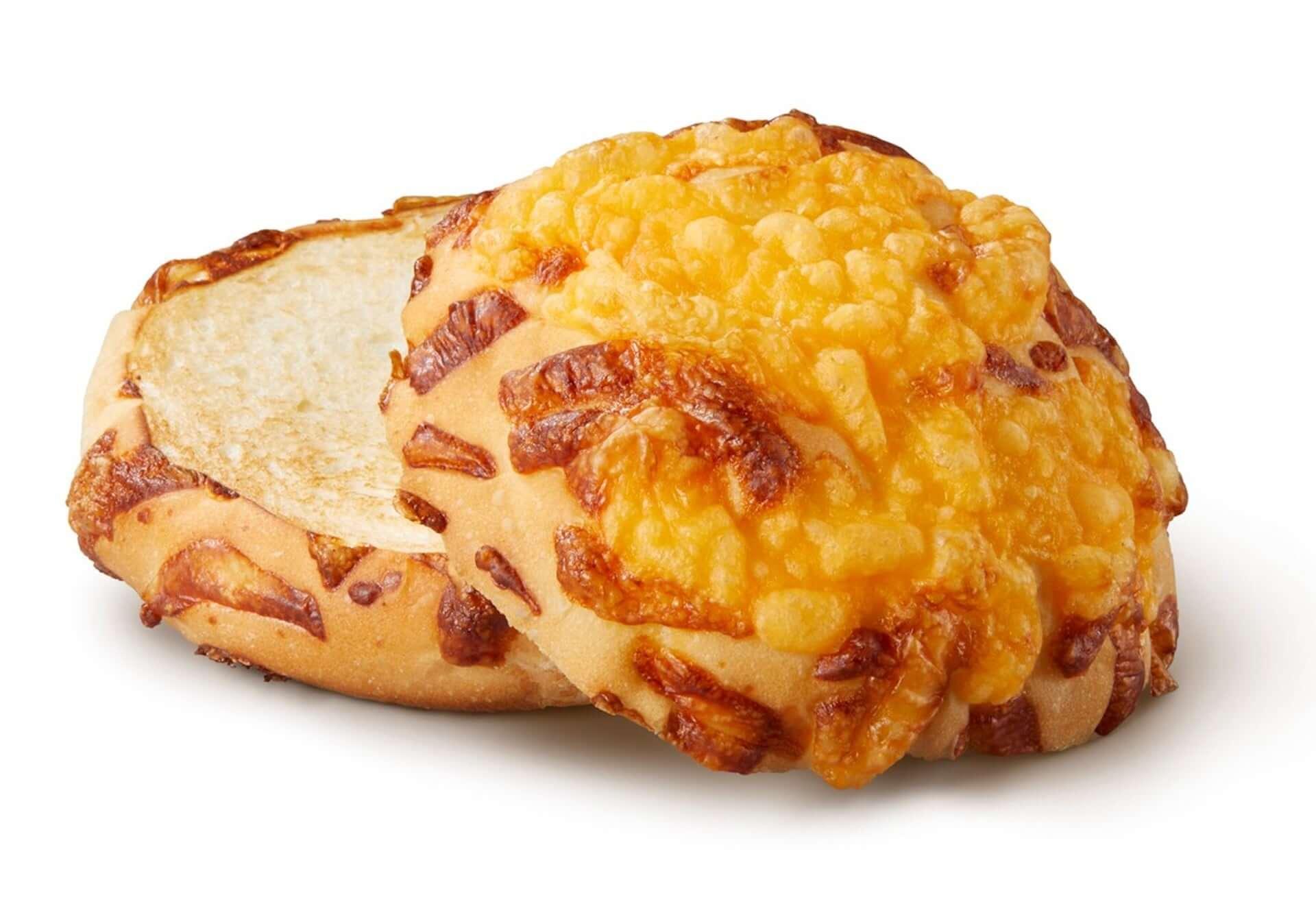 バーガーキングが4種のチーズ香る「チーズバンズ」を新開発!『チーズアグリービーフバーガー』が期間限定で販売決定 gourmet200910_burgerking_3-1920x1338
