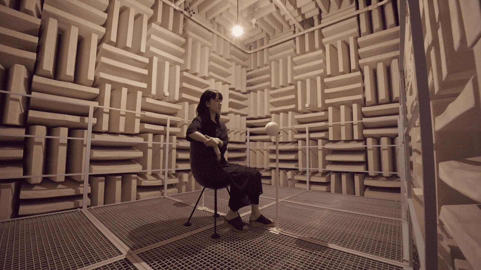 <文化庁メディア芸術祭>にも選出されたボイスアーティスト・細井美裕のサラウンド音響作品『Lenna』が札幌市民交流プラザに登場! art200918_miyuhosoi_2-1920x1080