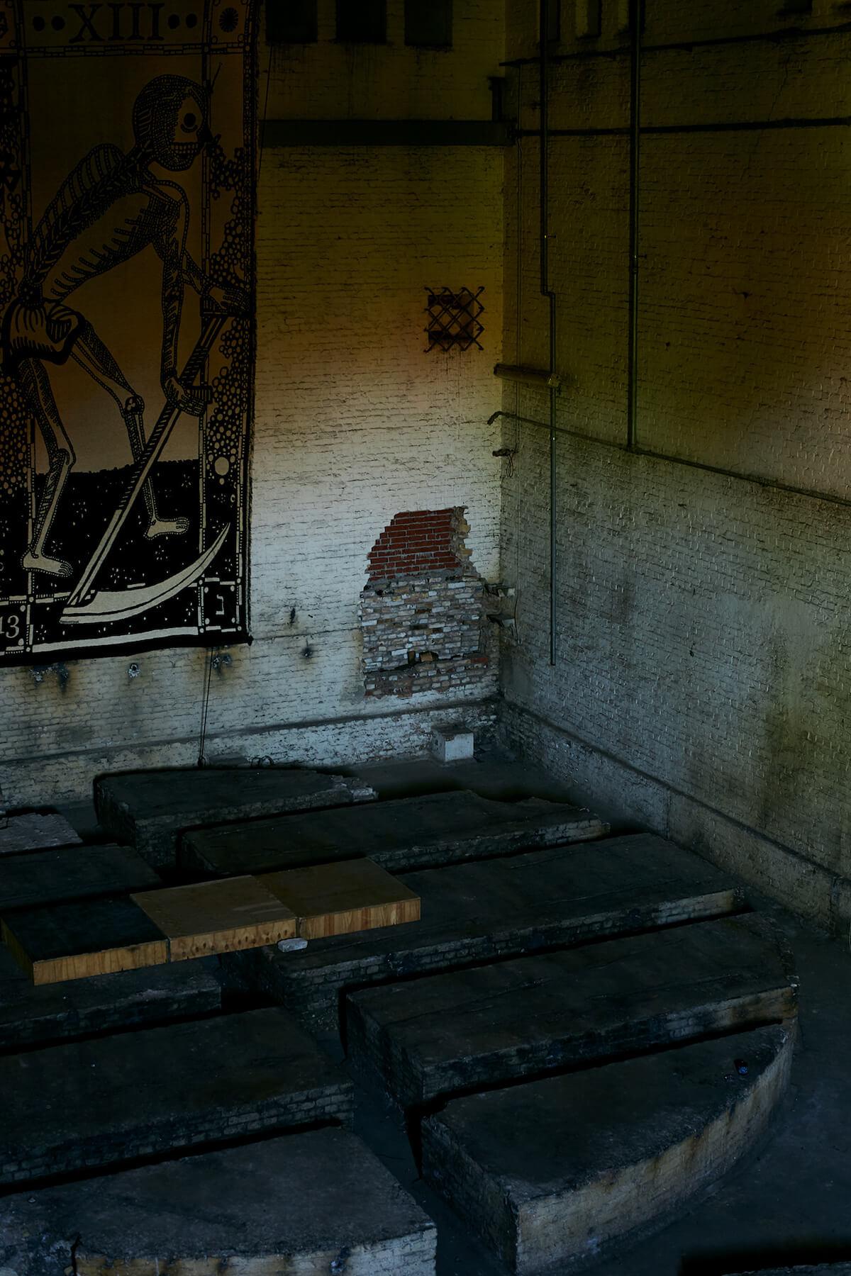"""インディペンデントアートカルチャーの精鋭が集う廃墟、ベルリンの""""Monopol""""に潜入 column0920_kanamiyazawa_04"""