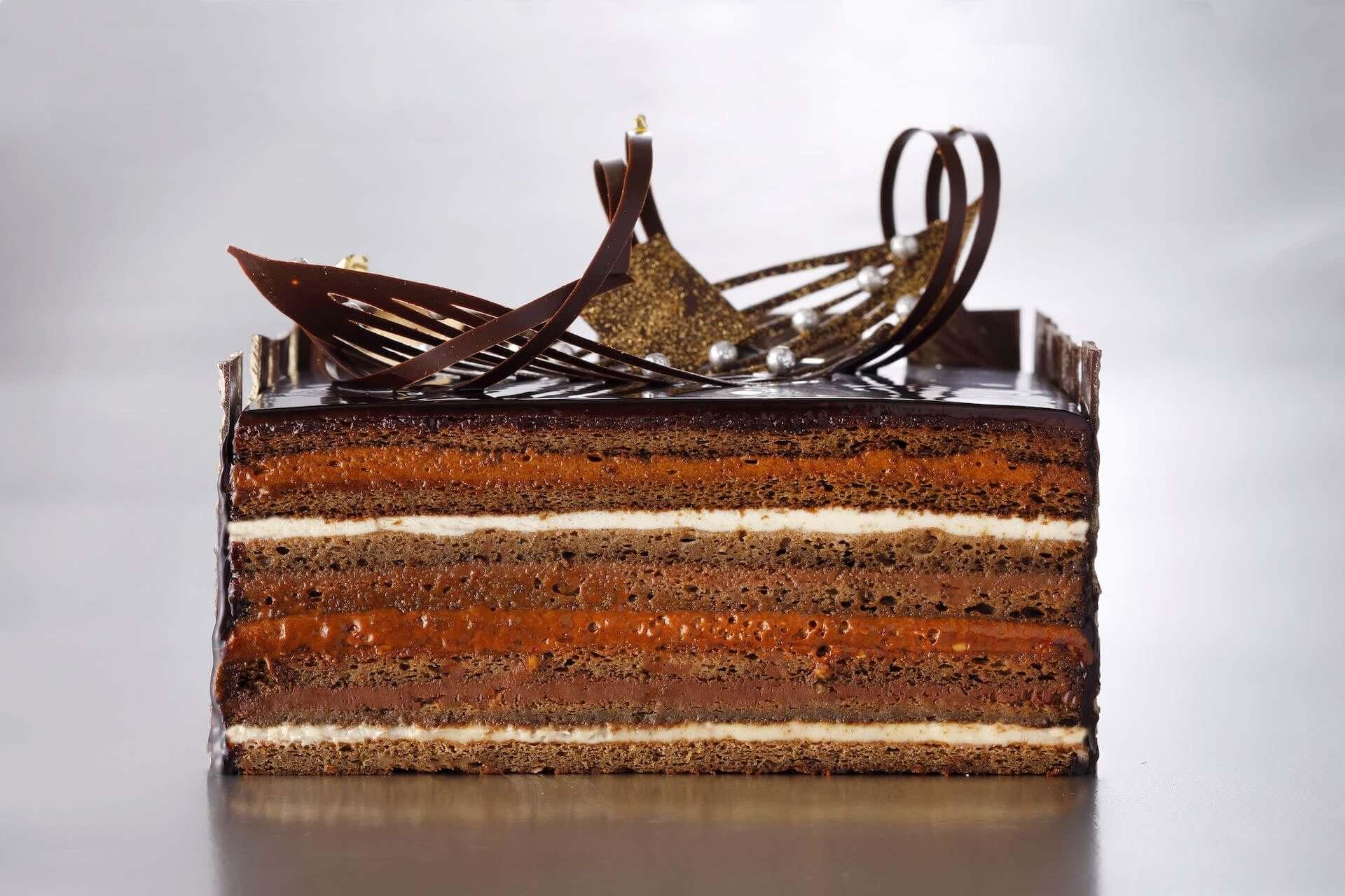 ホテルニューオータニ「パティスリーSATSUKI」にてクリスマスケーキの予約販売がスタート!『スーパーオペラ』『クリスマスタワー』など続々登場 gourmet201005_newotani_5-1920x1280