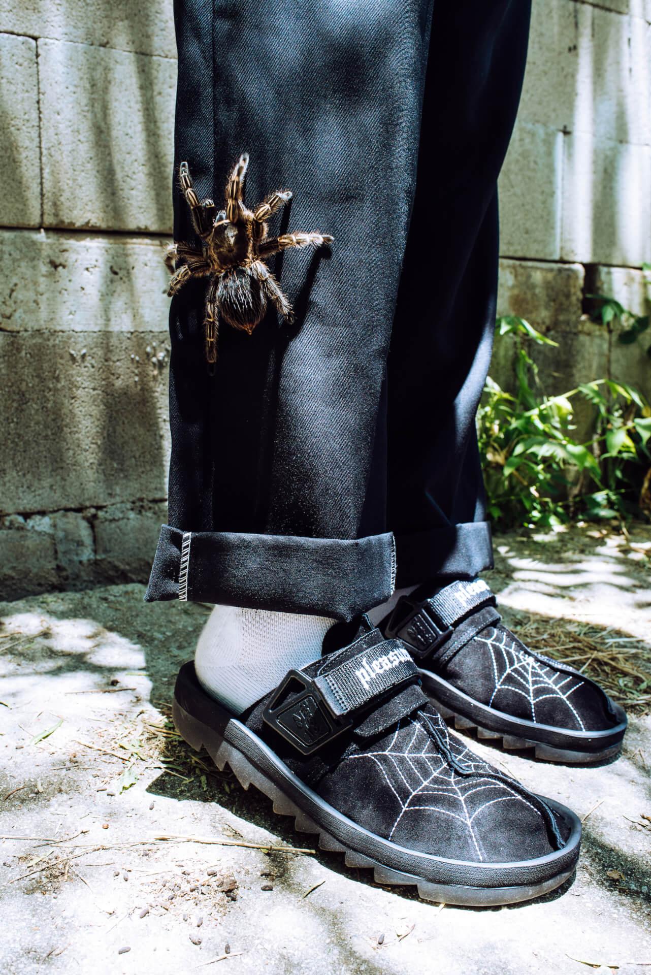 リーボックとPLEASURESがコラボ!90年代の名作サンダル『BEATNIK』のスペシャルモデル『Reebok ✕ PLEASURES BEATNIK』が登場 fashion2020908-reebok2